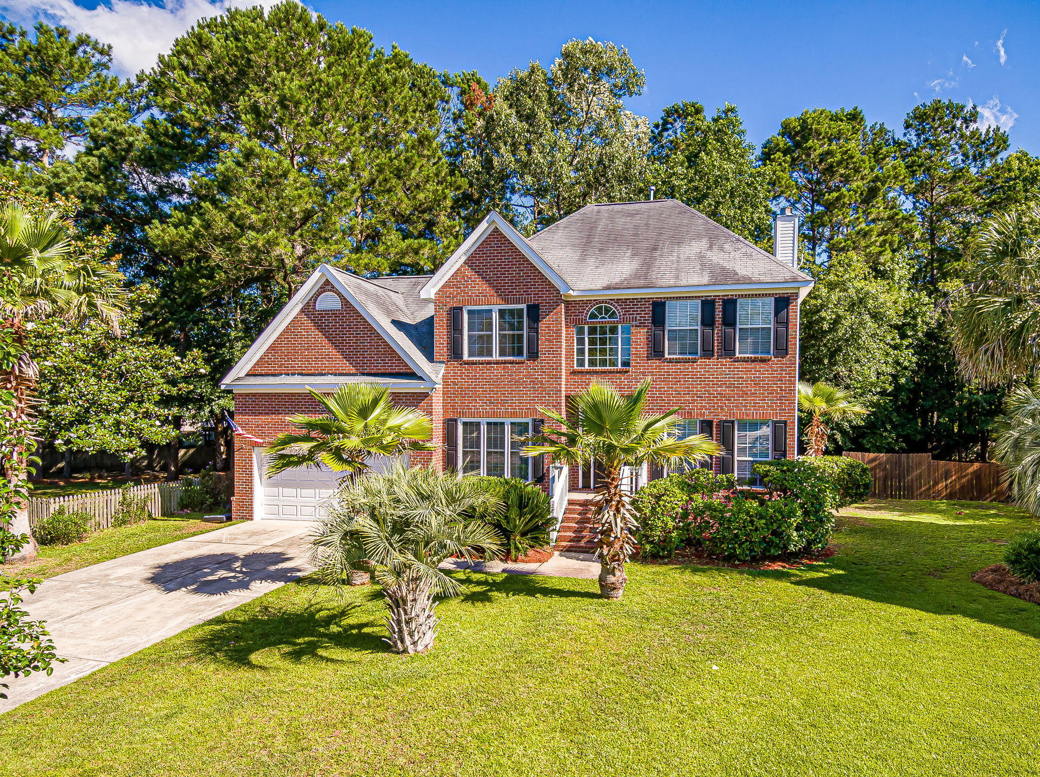 2813 Bottlebrush Court Mount Pleasant, SC 29466