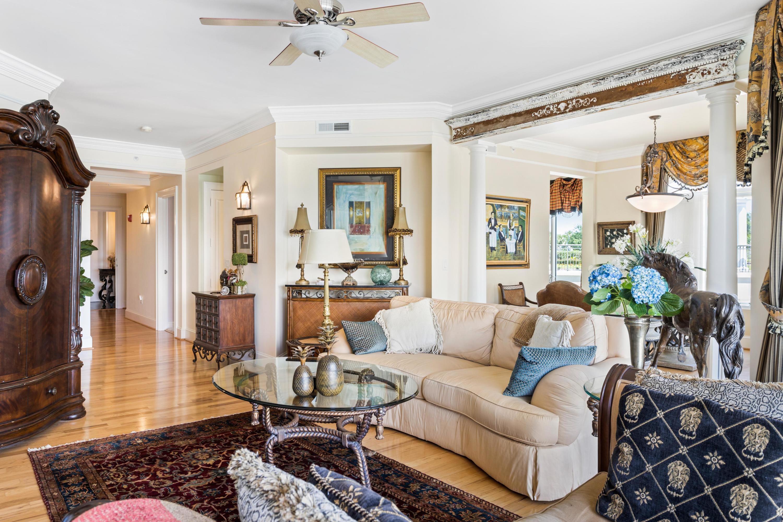 Renaissance On Chas Harbor Homes For Sale - 125 Plaza, Mount Pleasant, SC - 13