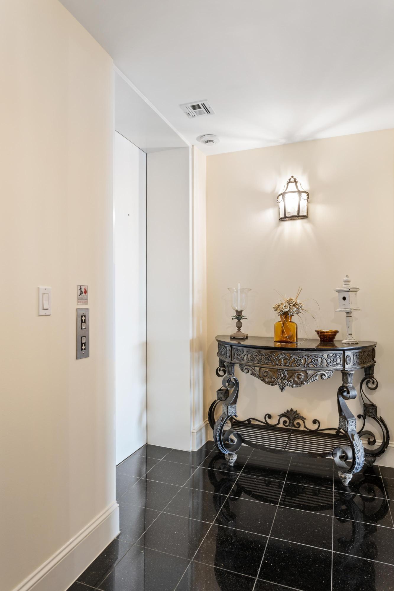 Renaissance On Chas Harbor Homes For Sale - 125 Plaza, Mount Pleasant, SC - 3