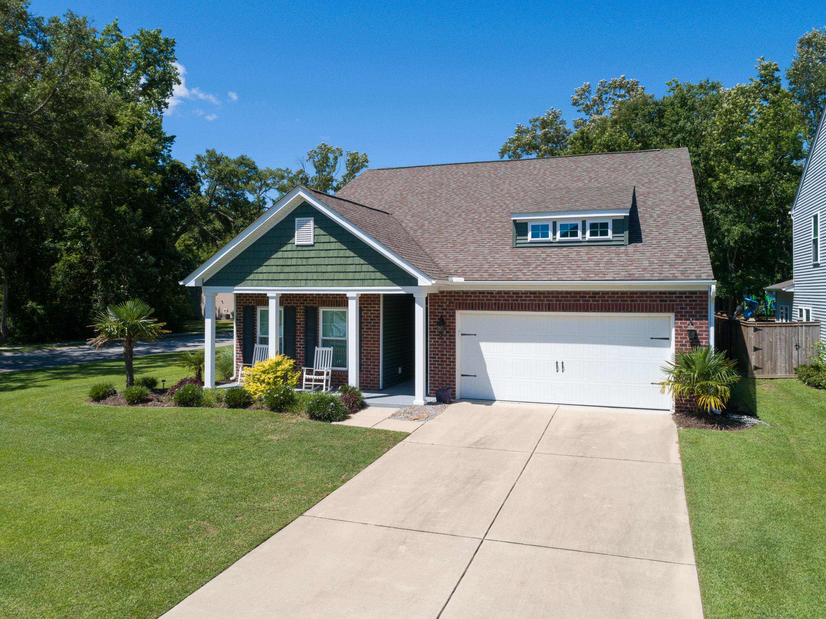 1281 Paint Horse Court Mount Pleasant, SC 29429