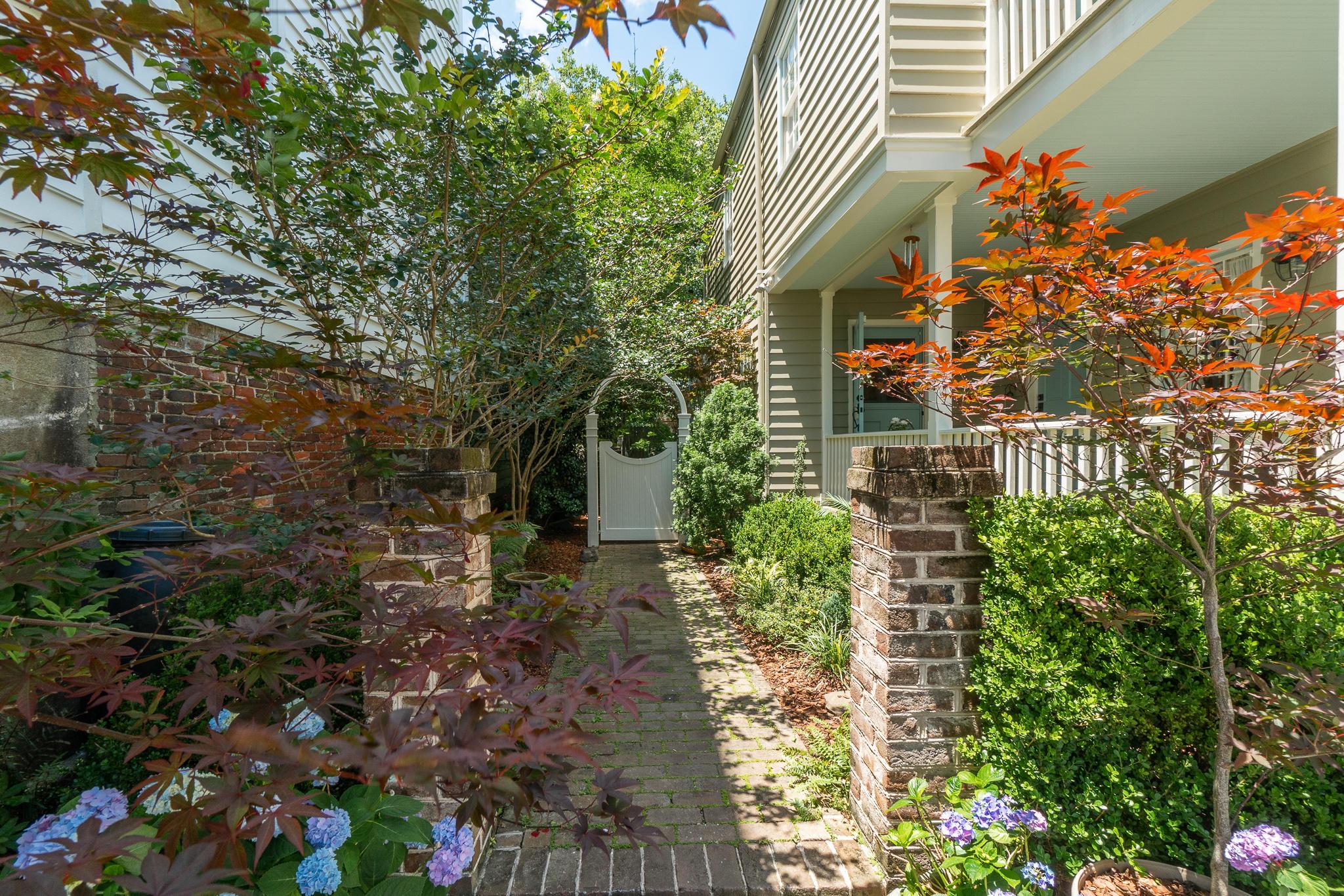 Wraggborough Homes For Sale - 4 Judith, Charleston, SC - 32