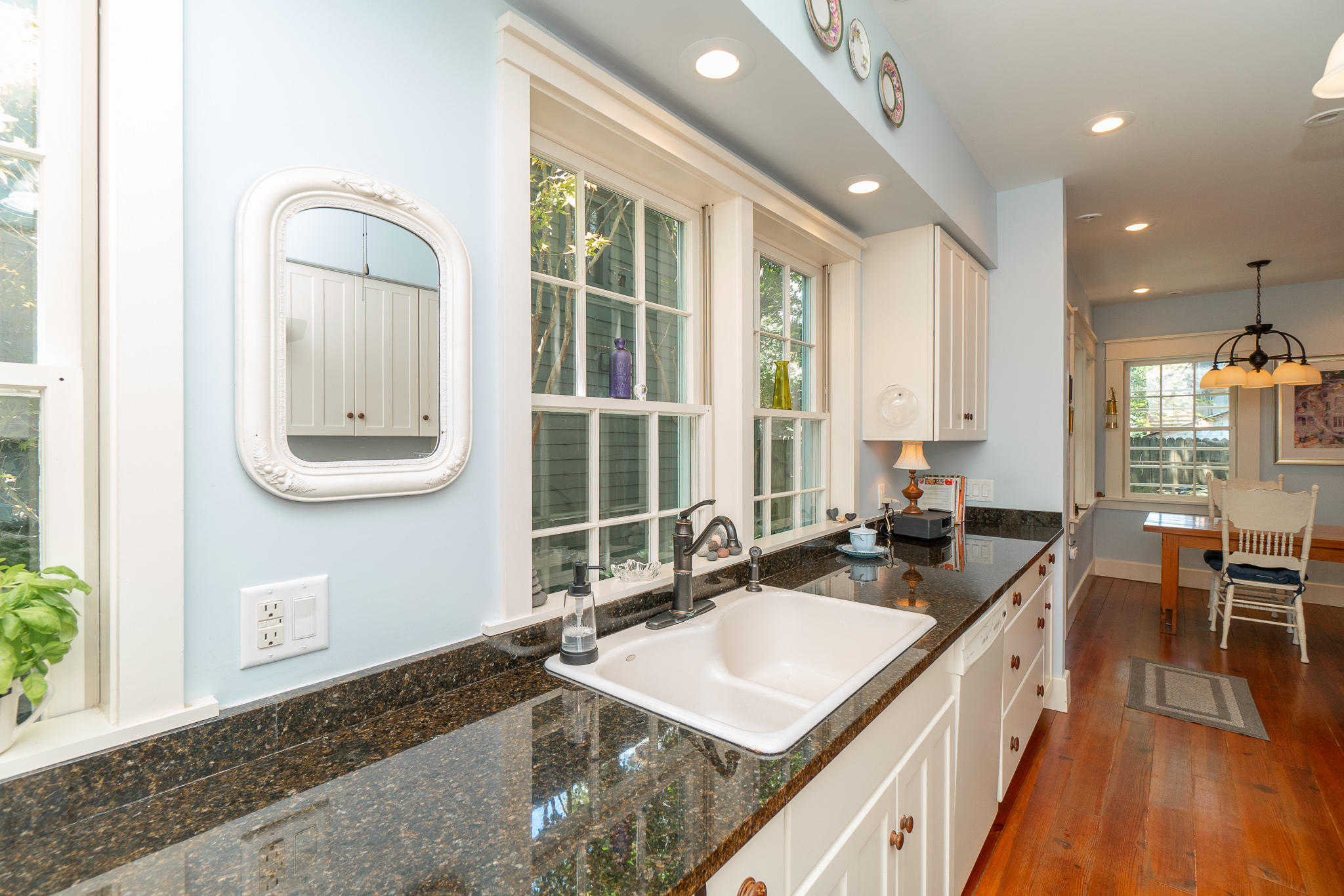 Wraggborough Homes For Sale - 4 Judith, Charleston, SC - 3