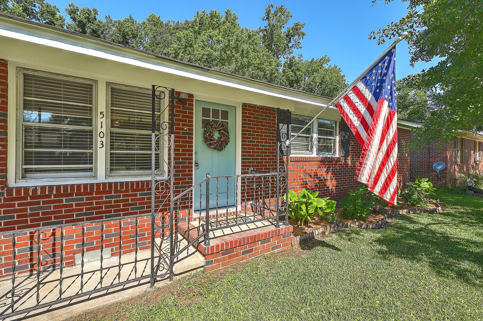 5103 Monterey Street North Charleston, SC 29405