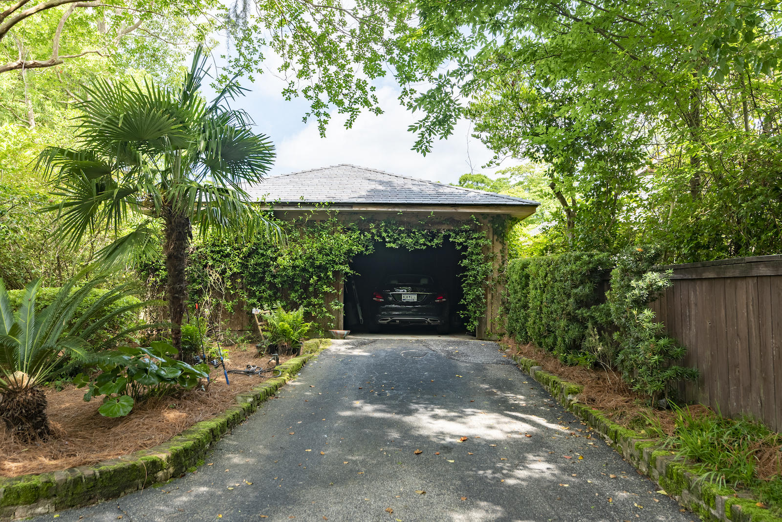 26 Formosa Drive Charleston, SC 29407