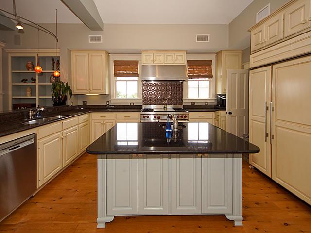 Sullivans Island Homes For Sale - 904 Middle, Sullivans Island, SC - 50