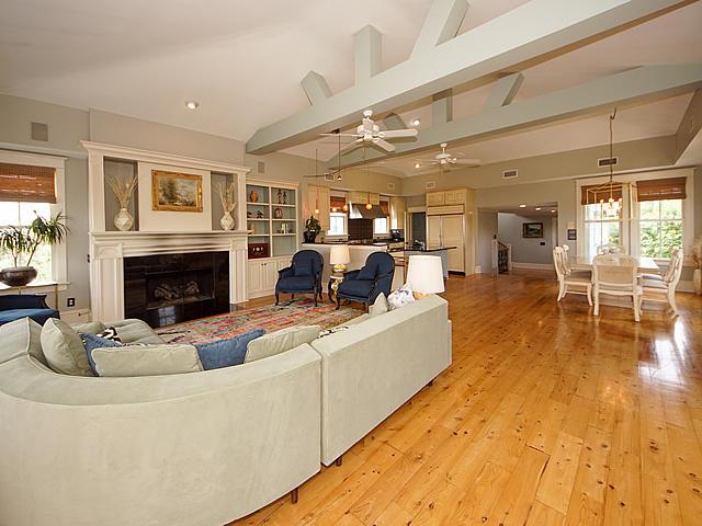 Sullivans Island Homes For Sale - 904 Middle, Sullivans Island, SC - 49