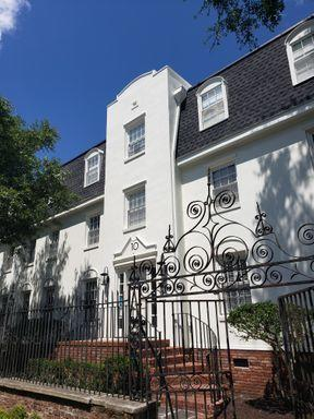 10 Logan Street UNIT 3 Charleston, SC 29401