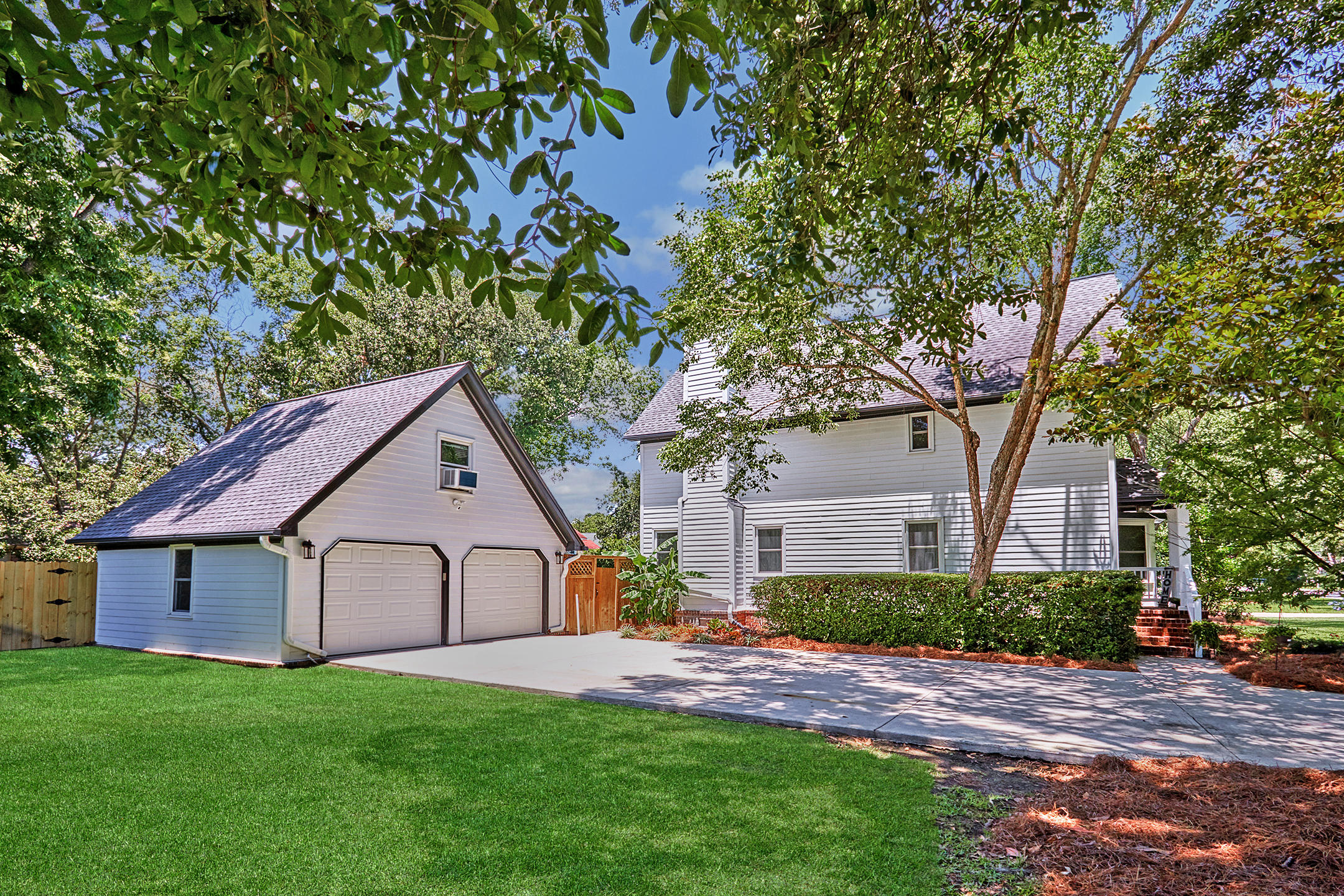 Stiles Point Plantation Homes For Sale - 699 Castle Pinckney, Charleston, SC - 34
