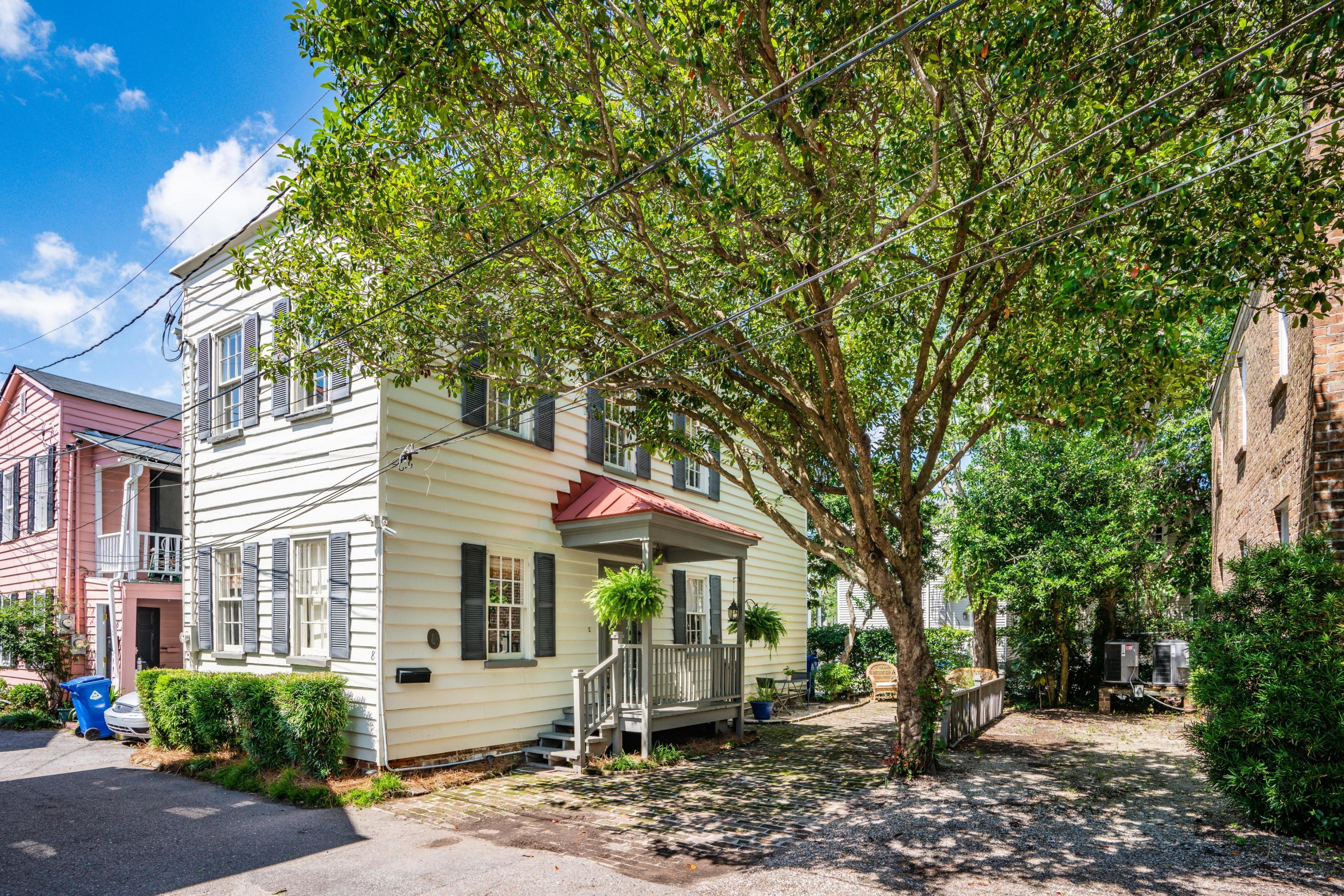 8 Montagu Court Charleston, SC 29401