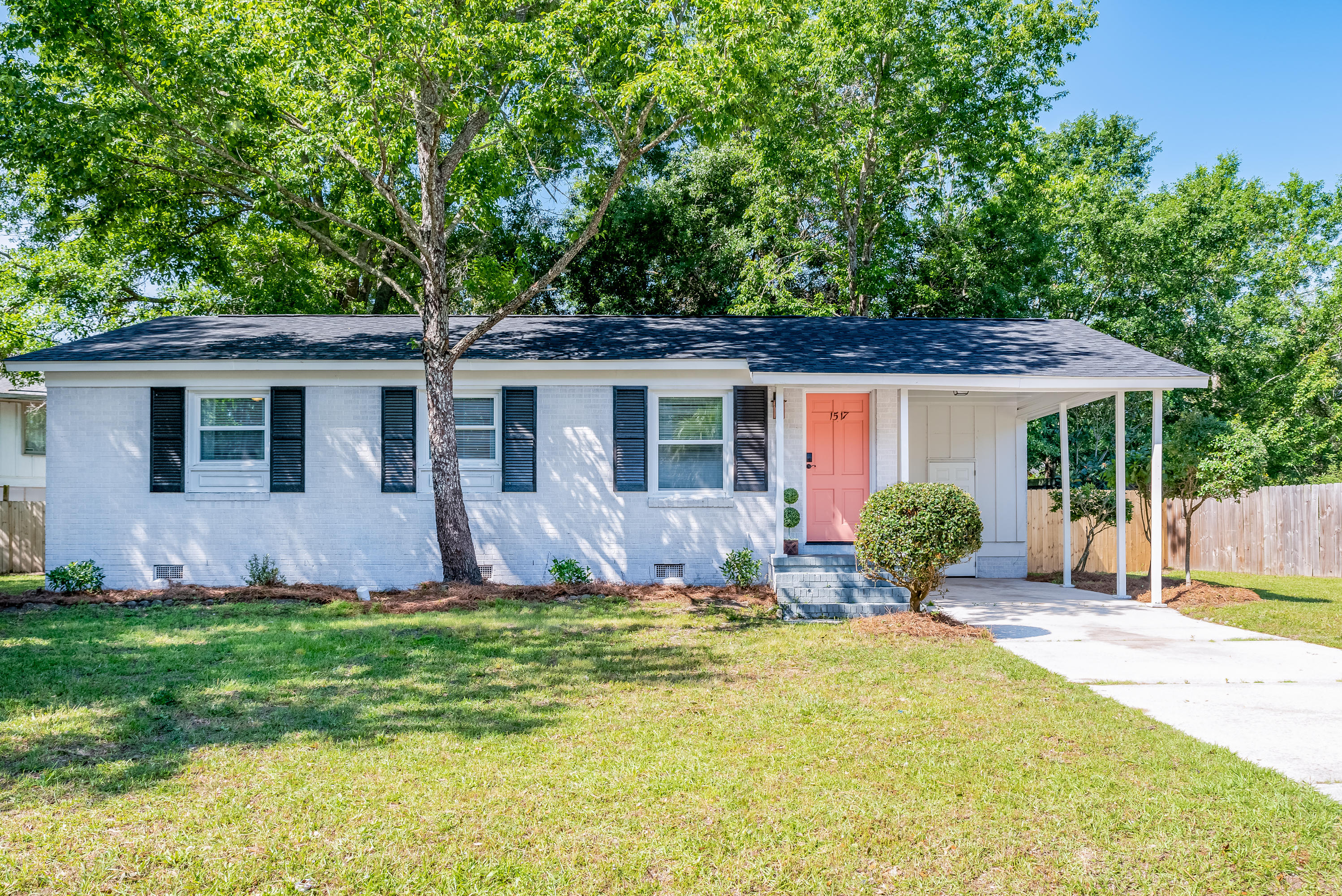 1517 Westridge Circle Charleston, SC 29412