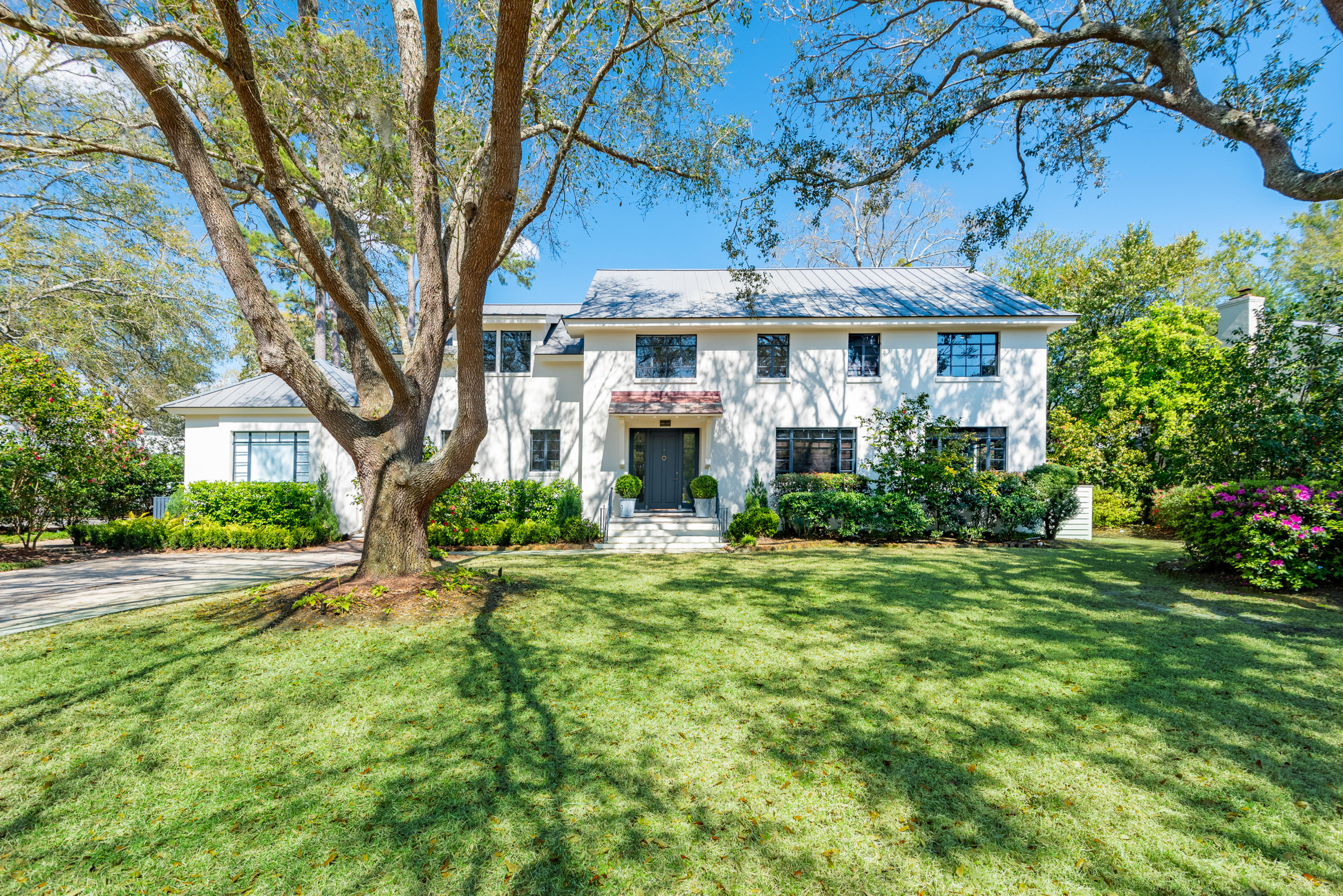 12 Johnson Road Charleston, SC 29407