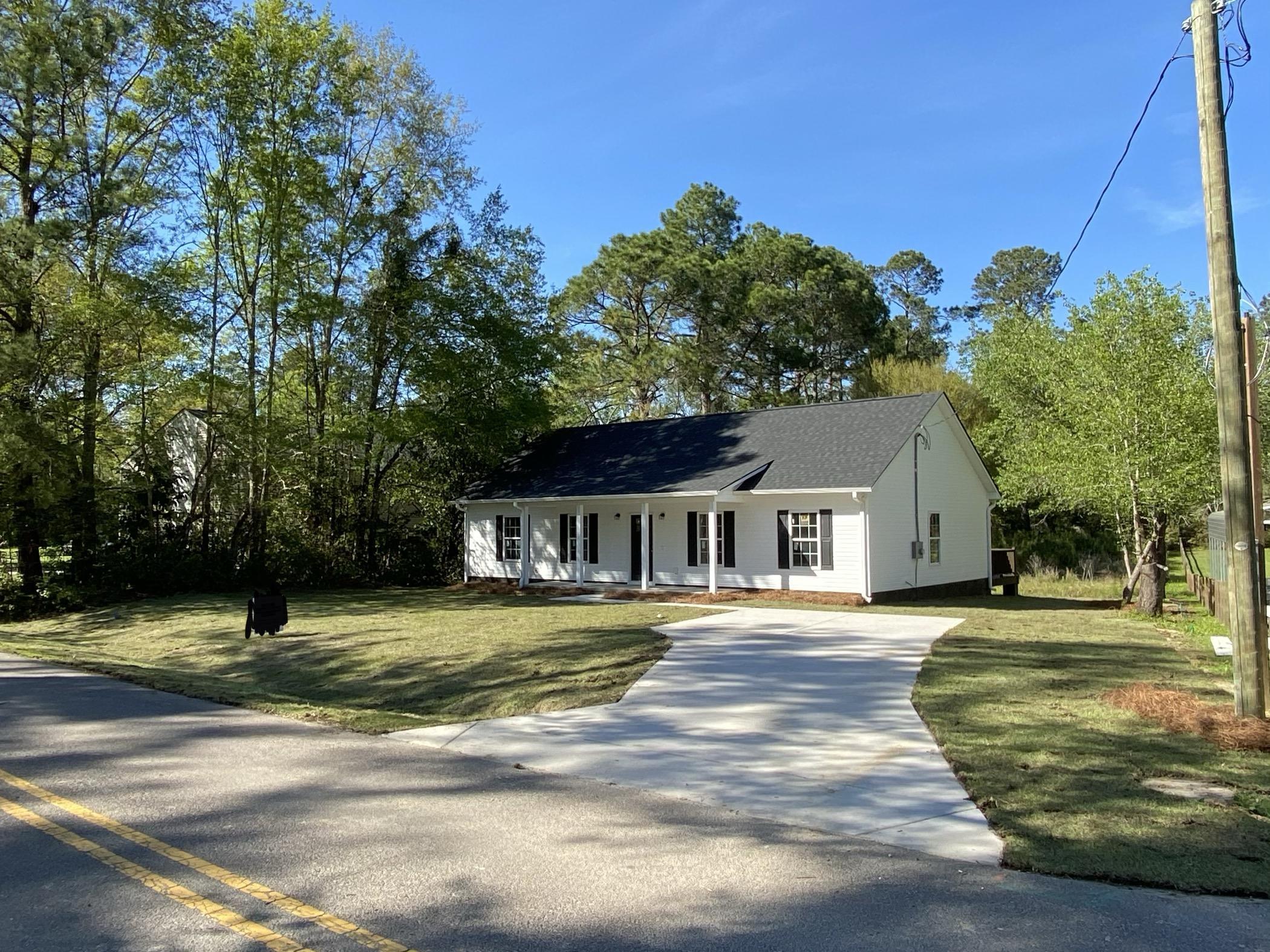 321 Golf Road Summerville, SC 29483