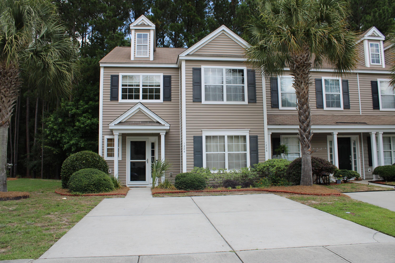 1224 Island Club Drive Charleston, SC 29492