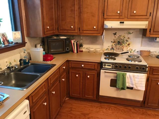 Snee Farm Homes For Sale - 1136 Parkway, Mount Pleasant, SC - 0