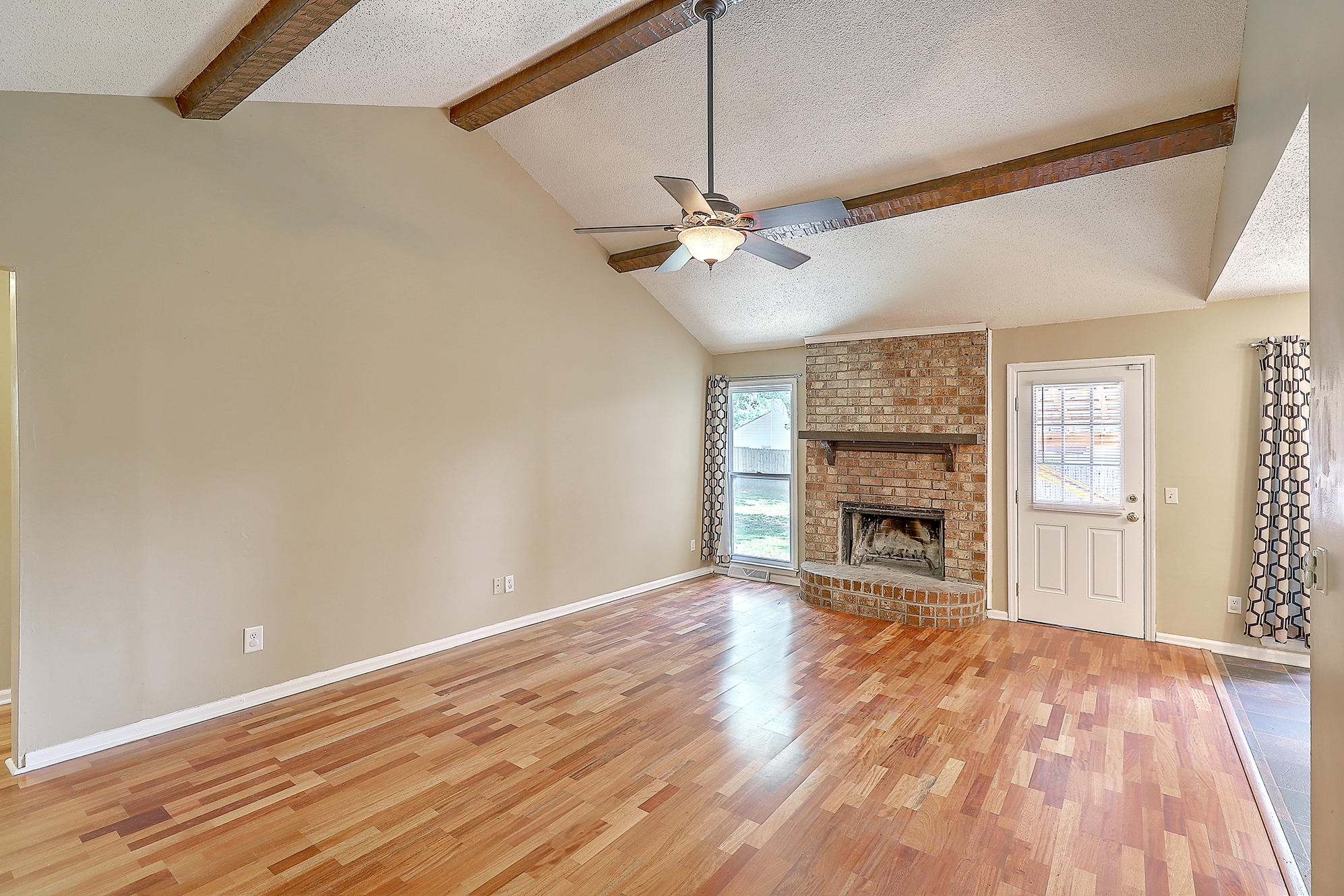 Oakland Homes For Sale - 344 Shore, Charleston, SC - 10