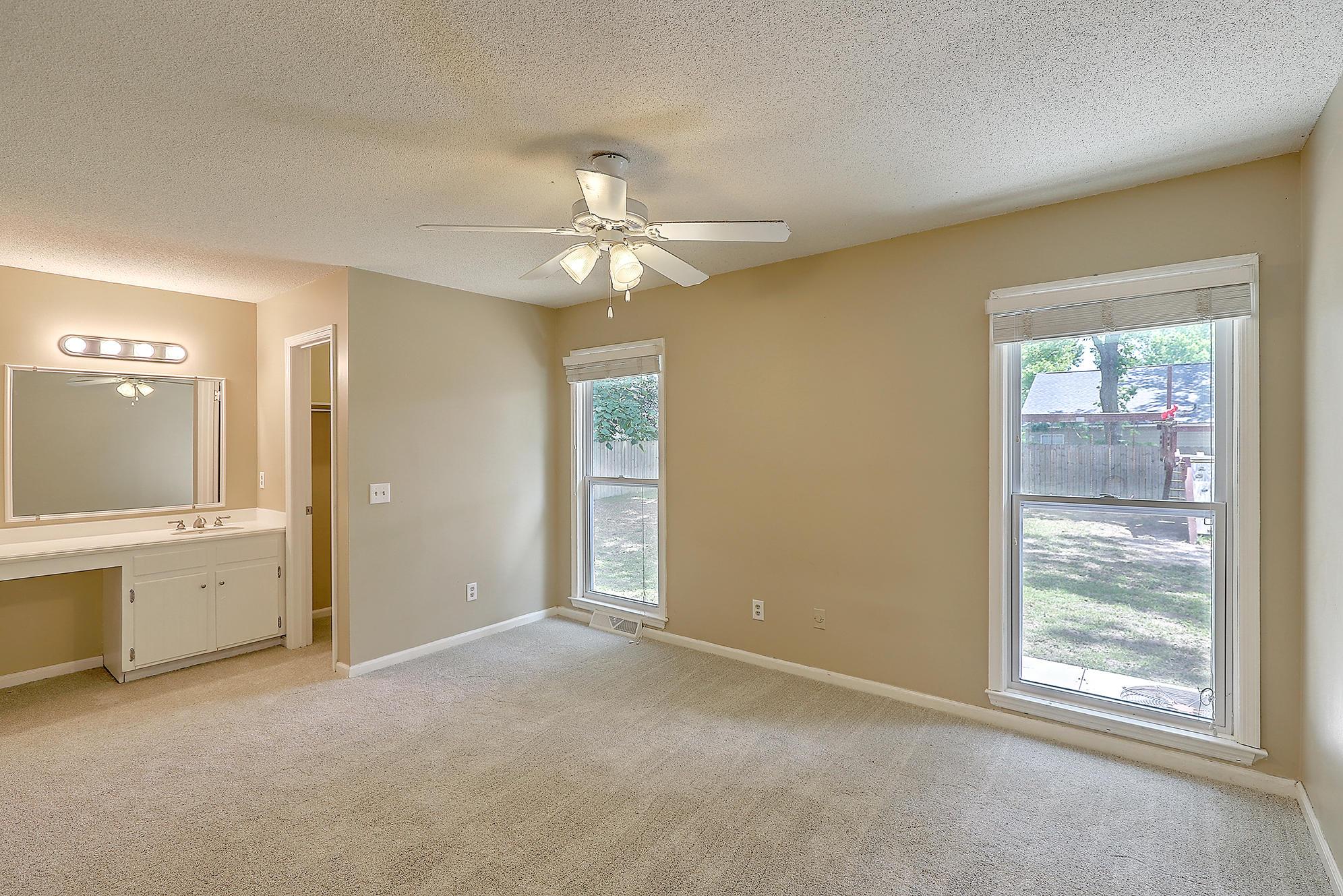 Oakland Homes For Sale - 344 Shore, Charleston, SC - 29