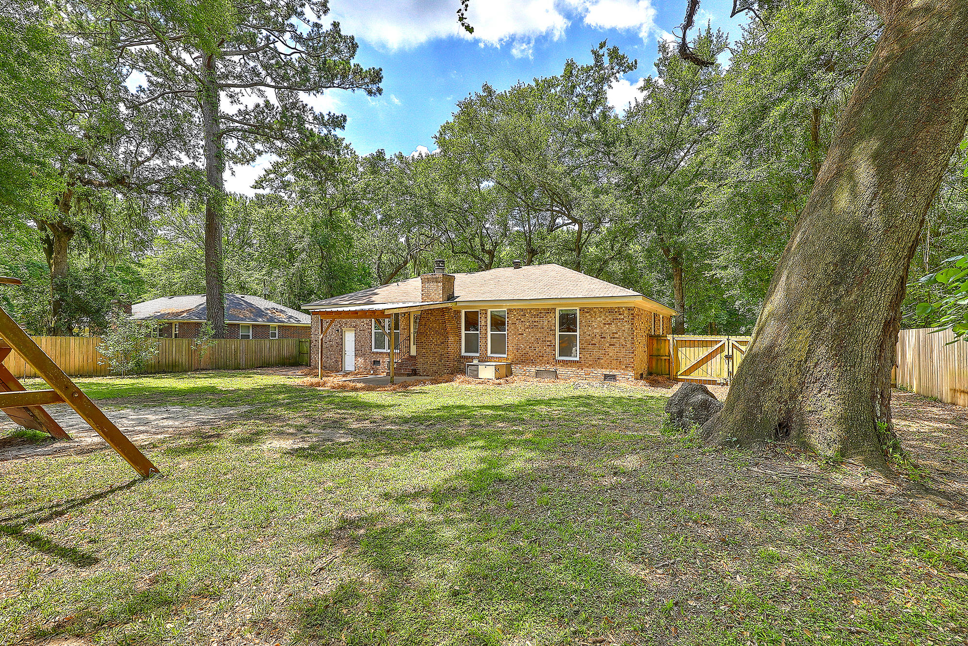Oakland Homes For Sale - 344 Shore, Charleston, SC - 27