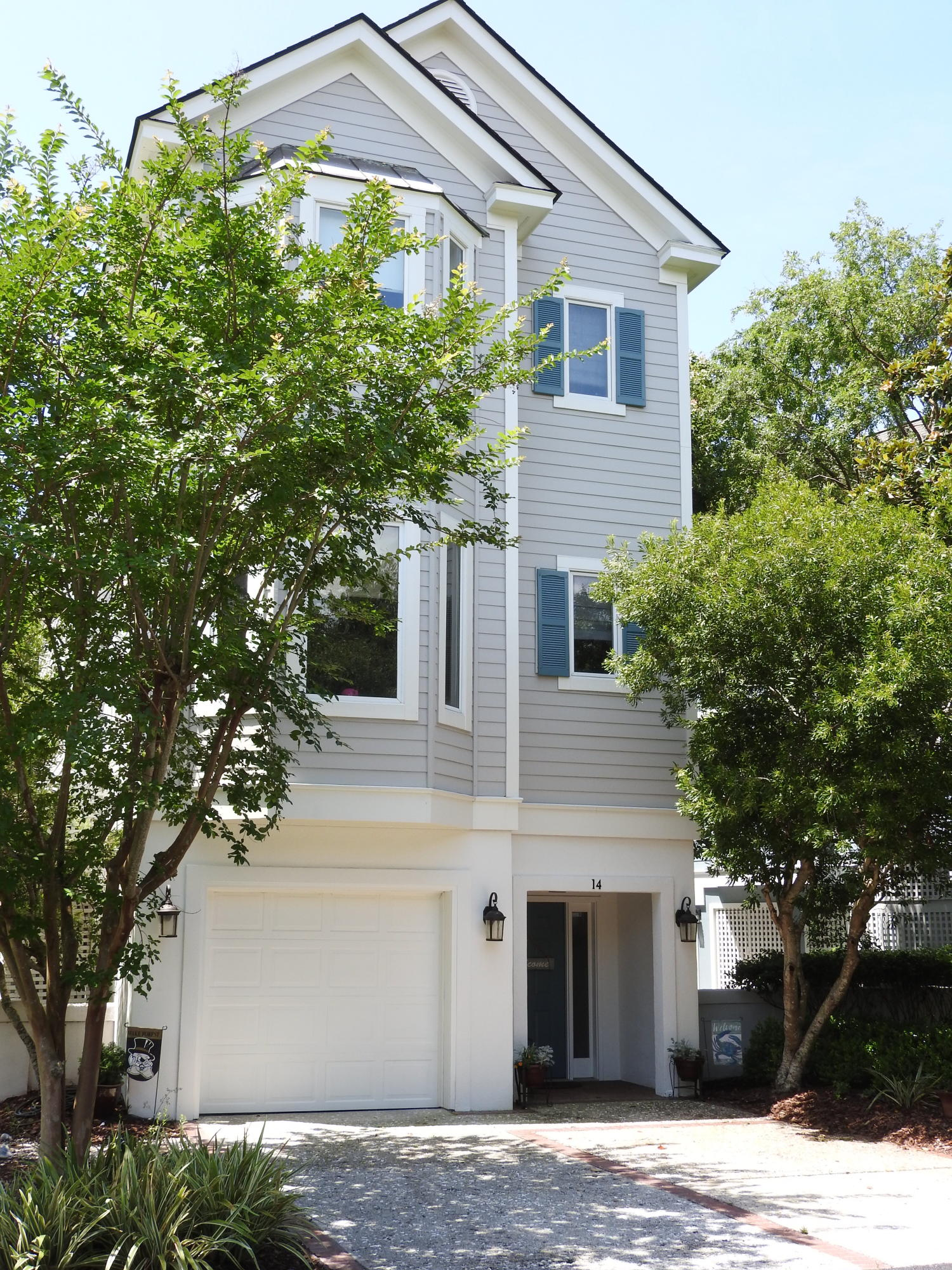 14 Commons Court Isle Of Palms, SC 29451
