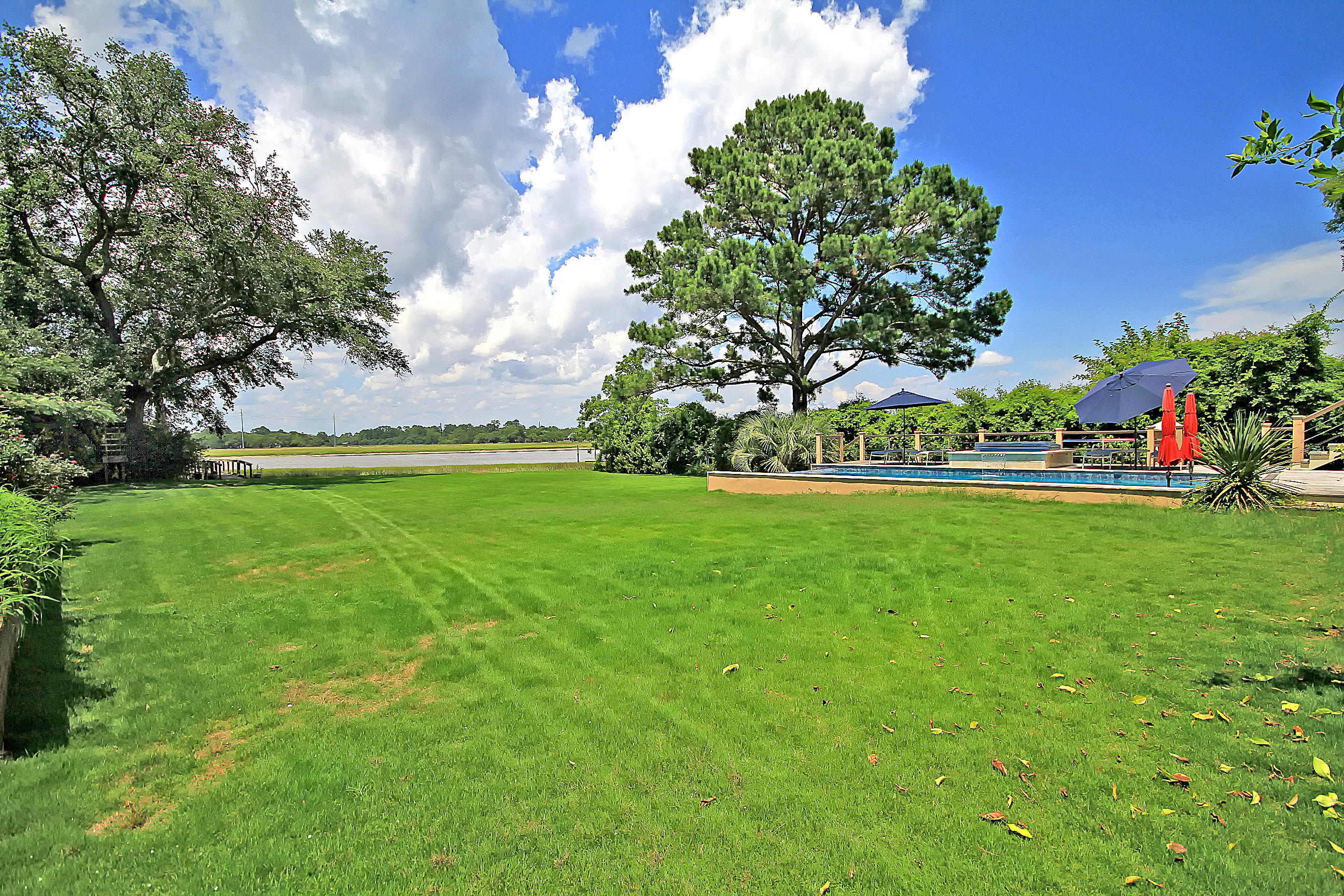 Riverland Terrace Homes For Sale - 2044 Wappoo Hall, Charleston, SC - 28