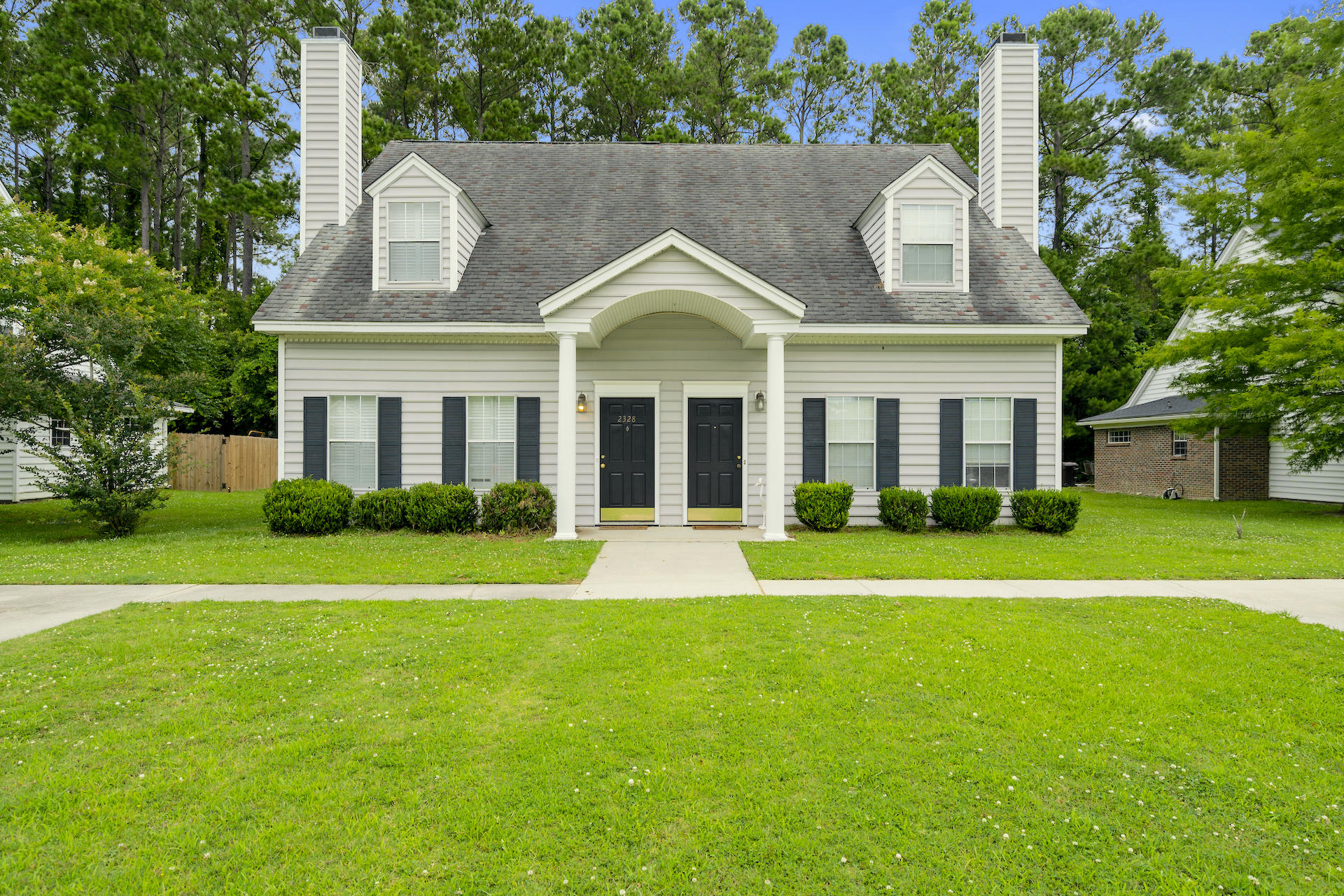 2328 Kings Gate Lane Mount Pleasant, SC 29466