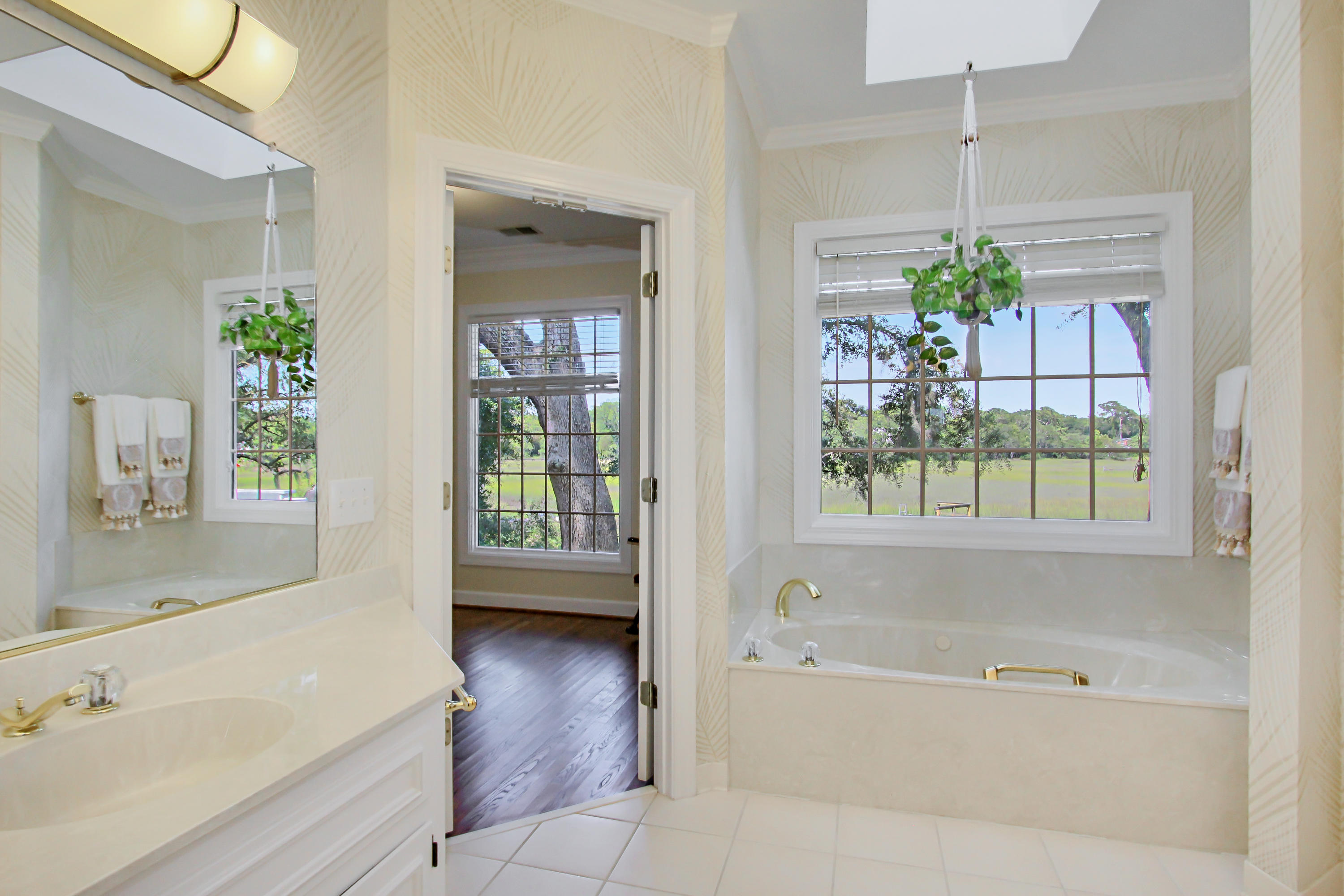 Stiles Point Plantation Homes For Sale - 837 Whispering Marsh, Charleston, SC - 10