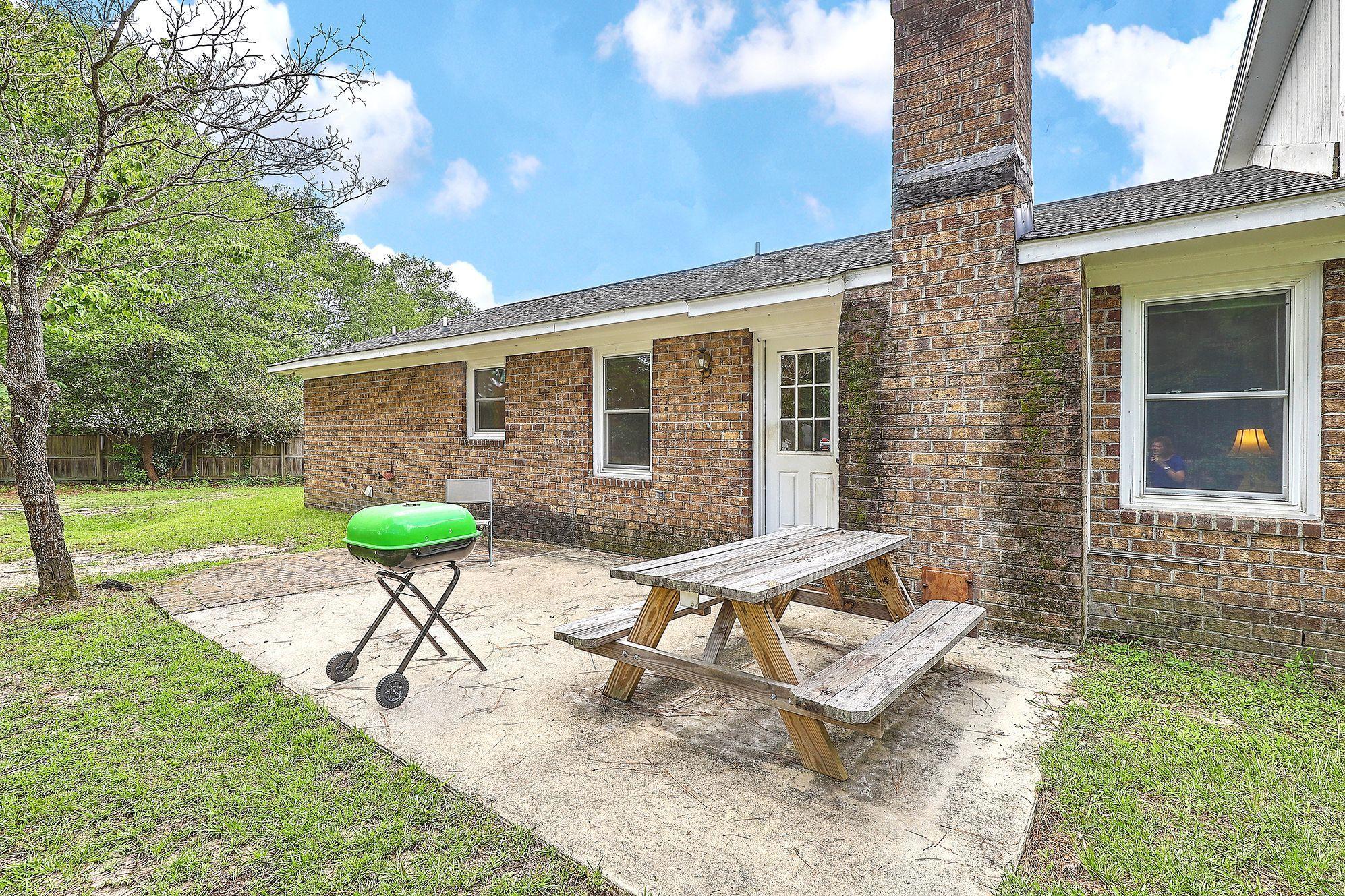 312 Arrowhead Drive Summerville, SC 29483