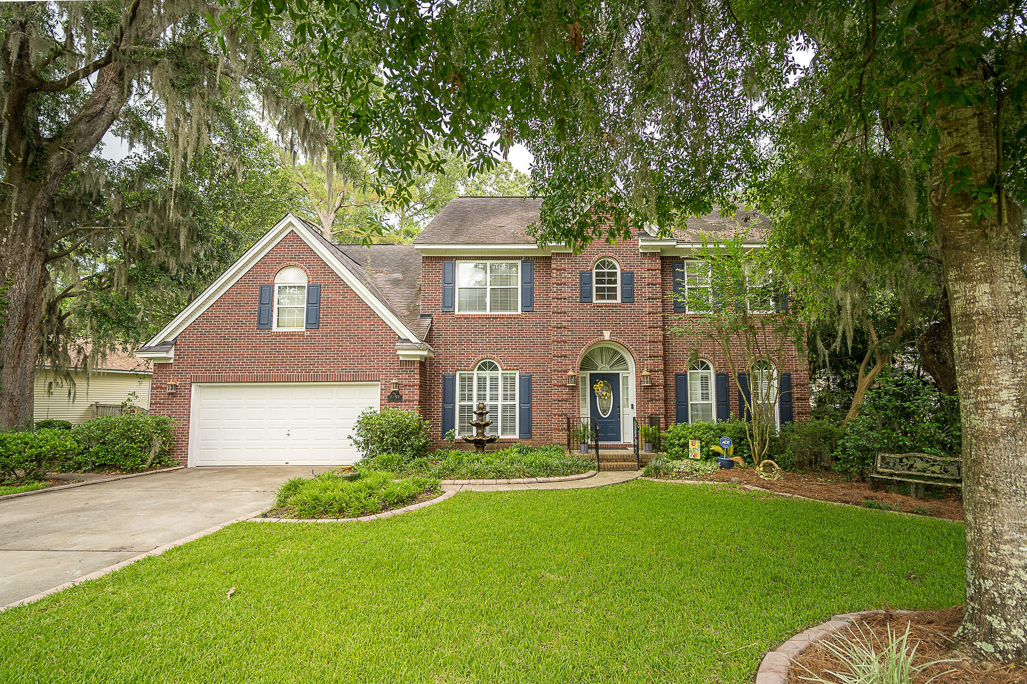 8753 Laurel Grove Lane North Charleston, SC 29420