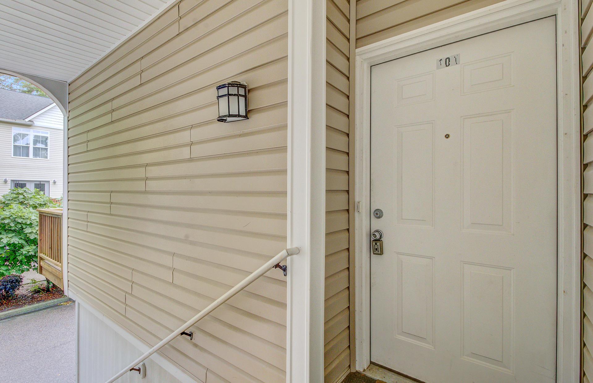 Willow Oaks Homes For Sale - 1829 Dogwood, Charleston, SC - 4