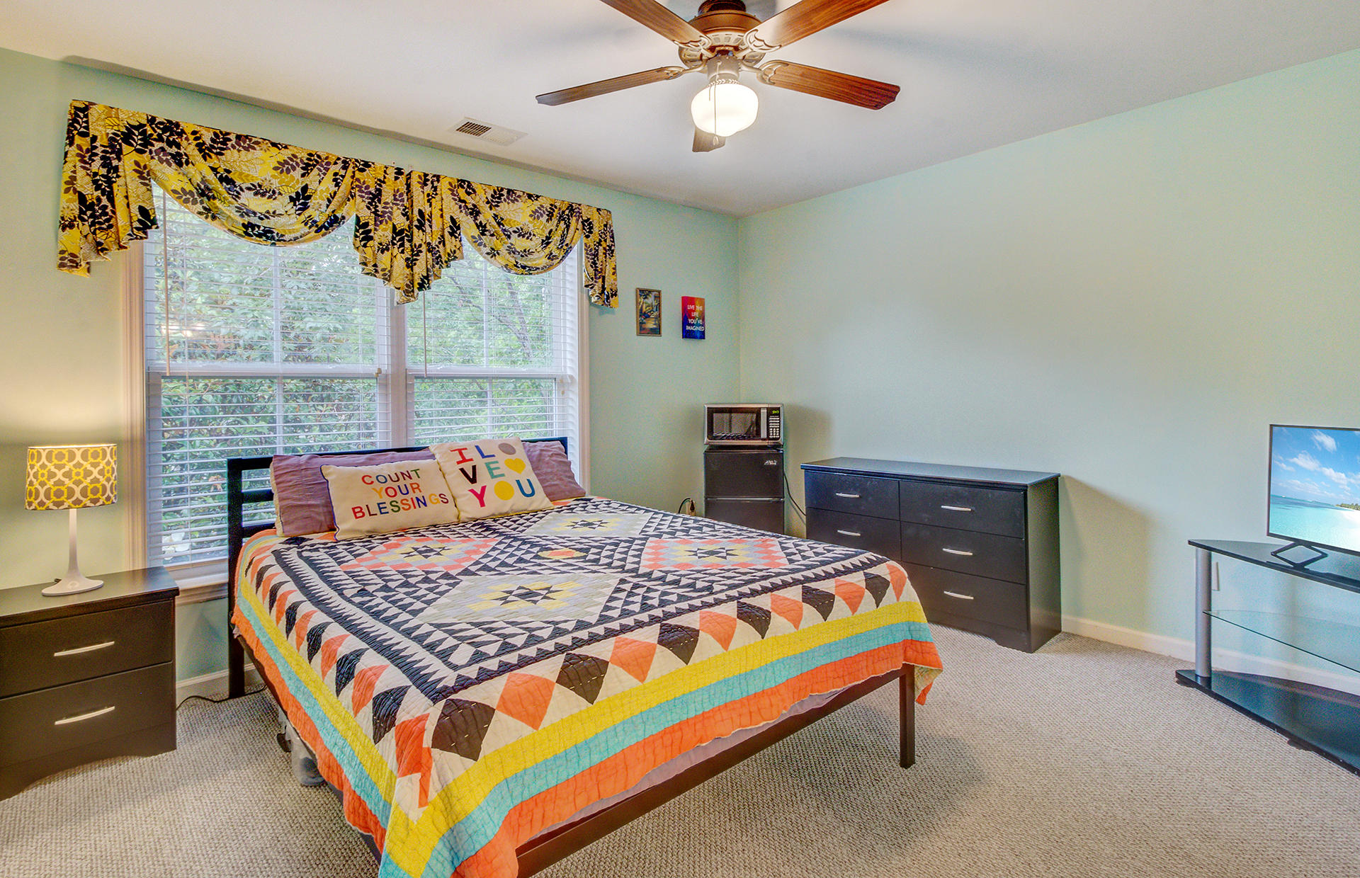 Willow Oaks Homes For Sale - 1829 Dogwood, Charleston, SC - 18