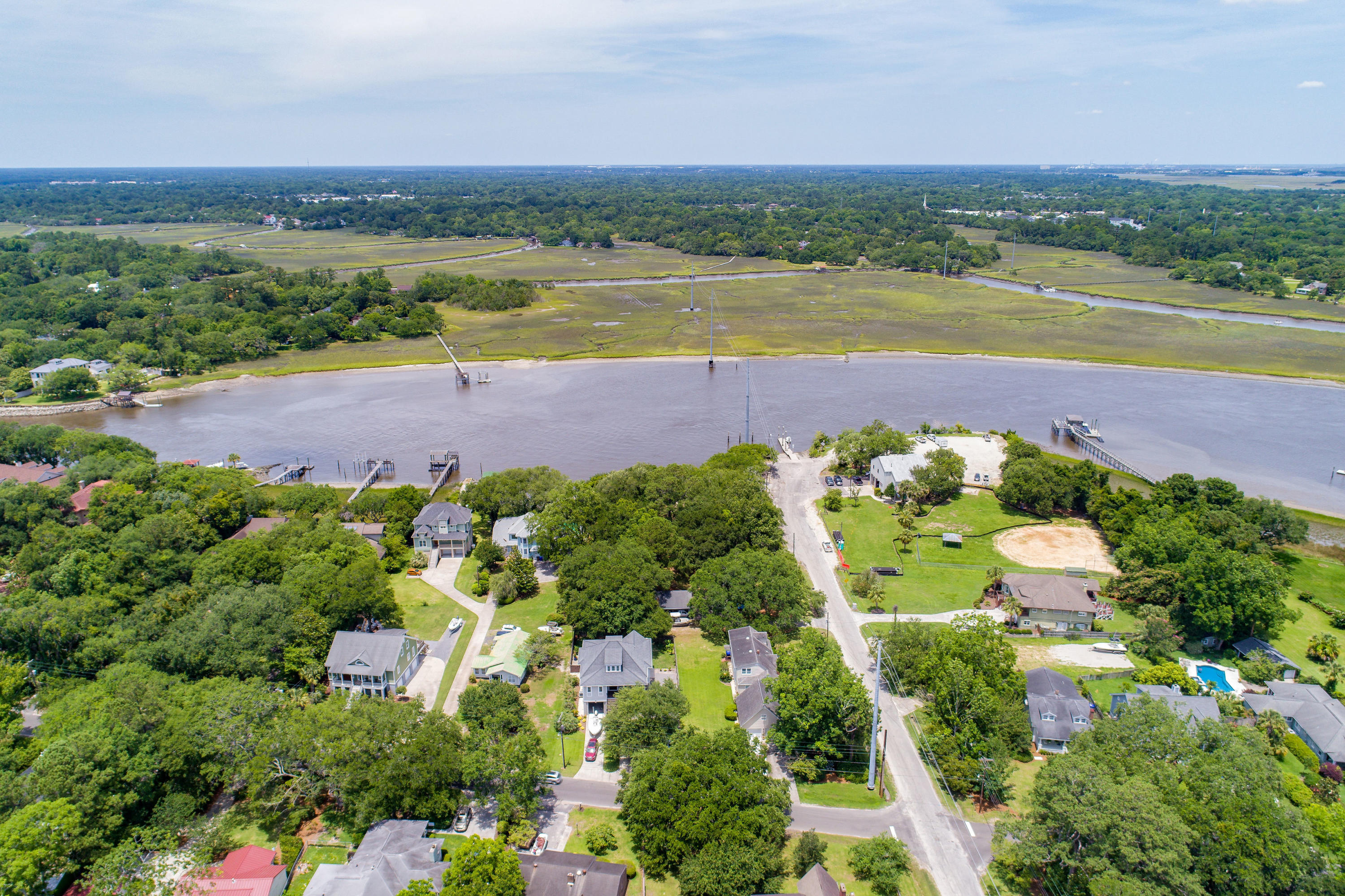 Riverland Terrace Homes For Sale - 2068 Wappoo Hall, Charleston, SC - 22