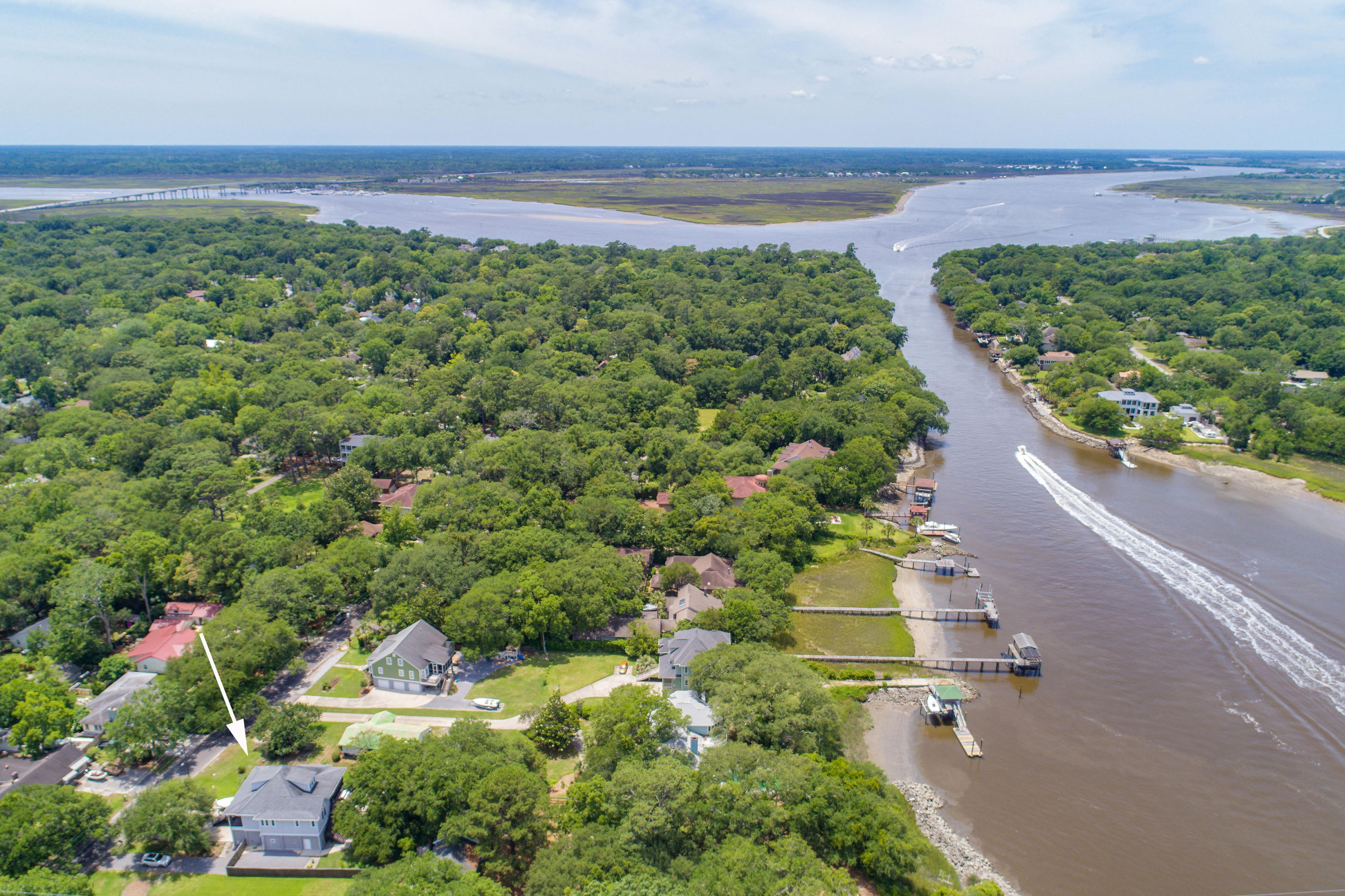 Riverland Terrace Homes For Sale - 2068 Wappoo Hall, Charleston, SC - 15