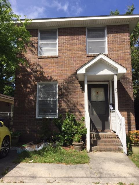 9 Rosemont Street Charleston, SC 29403