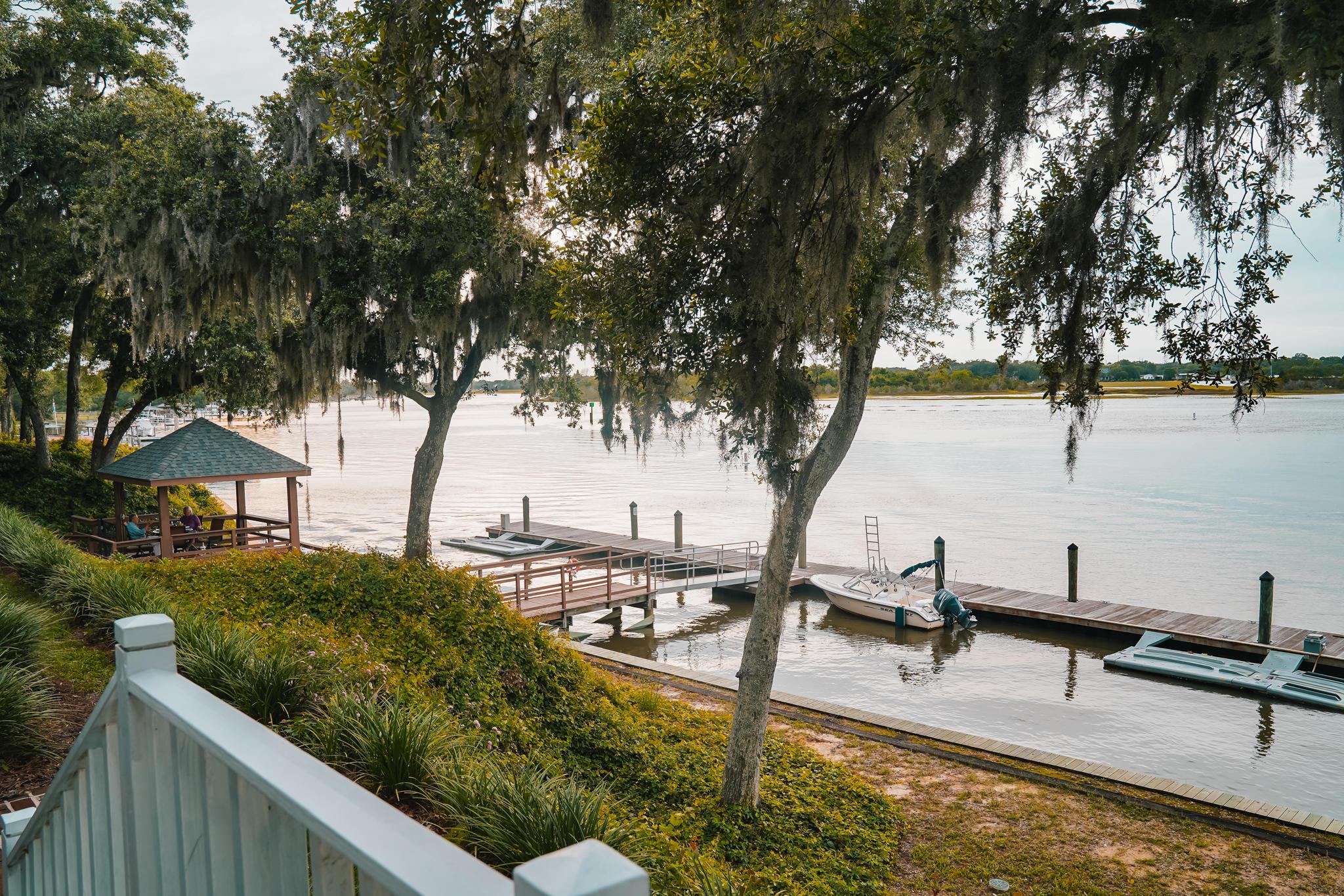 Waterfront Plantation Homes For Sale - 112 Waterfront Plantation, Charleston, SC - 38