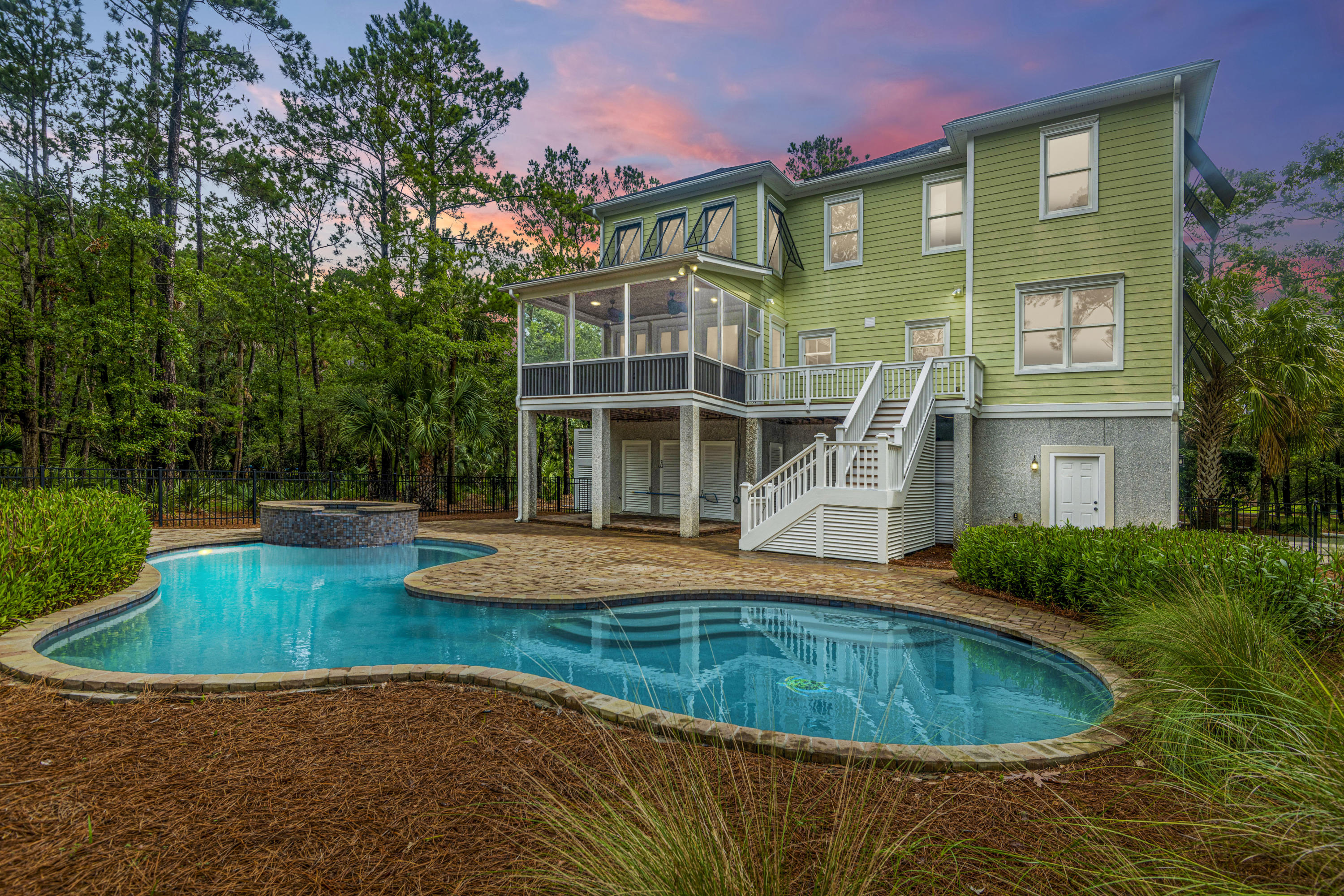 2155 Shell Ring Circle Mount Pleasant, Sc 29466