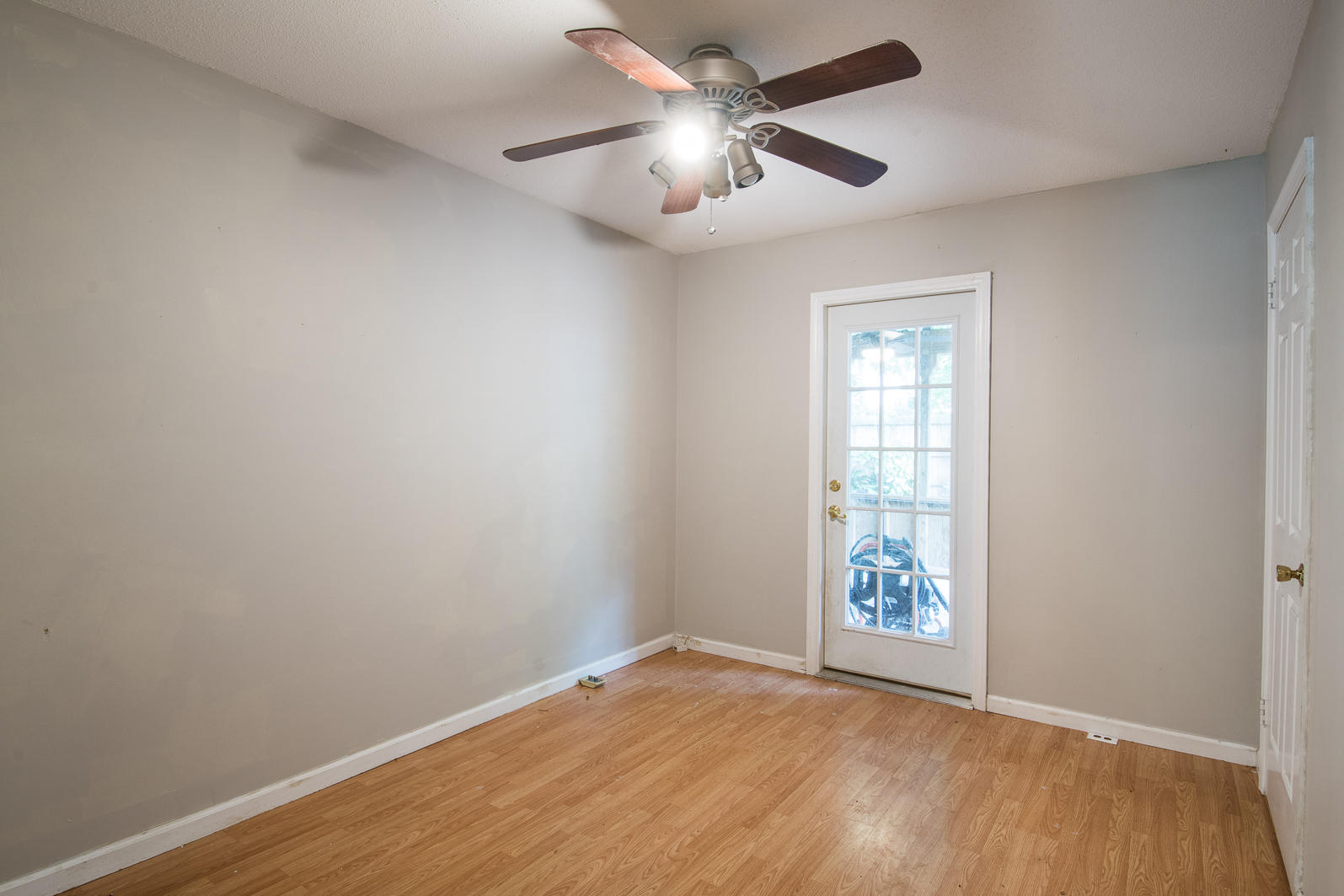 Wando East Homes For Sale - 1605 Babington, Mount Pleasant, SC - 16