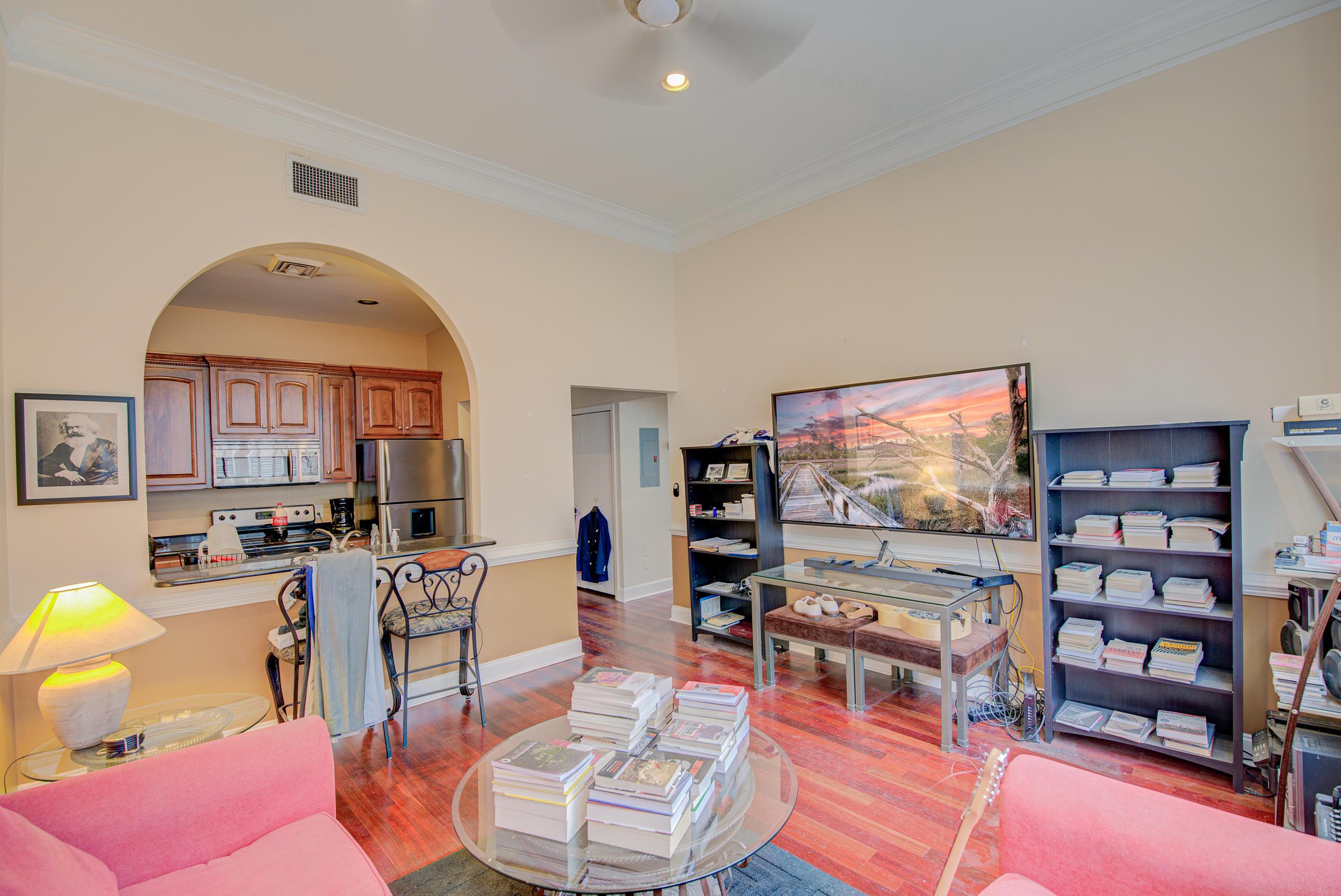 350 King Street UNIT 207 Charleston, SC 29401