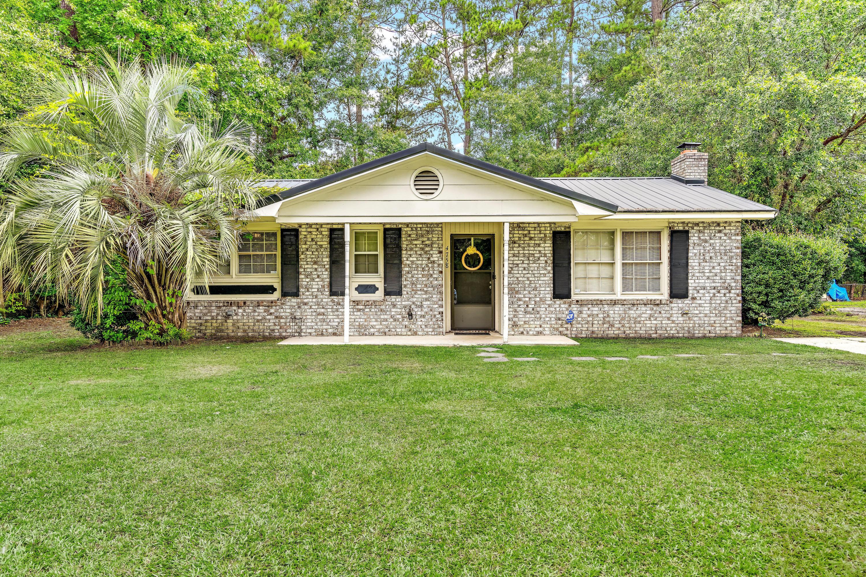 4758 Foxwood Drive North Charleston, SC 29418