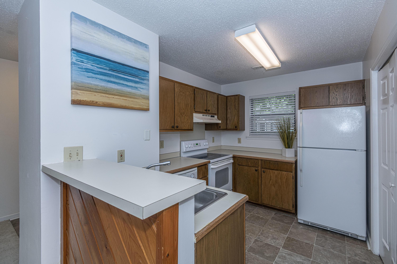 Shaftesbury Woods Homes For Sale - 923 Estates, Charleston, SC - 2