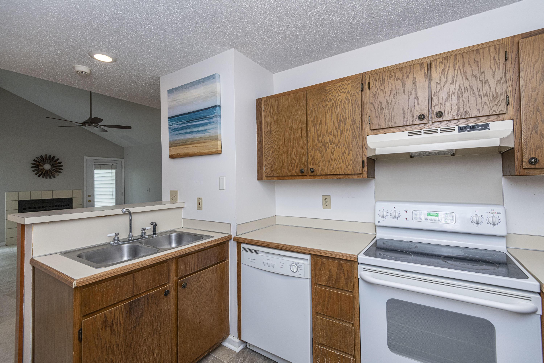 Shaftesbury Woods Homes For Sale - 923 Estates, Charleston, SC - 3