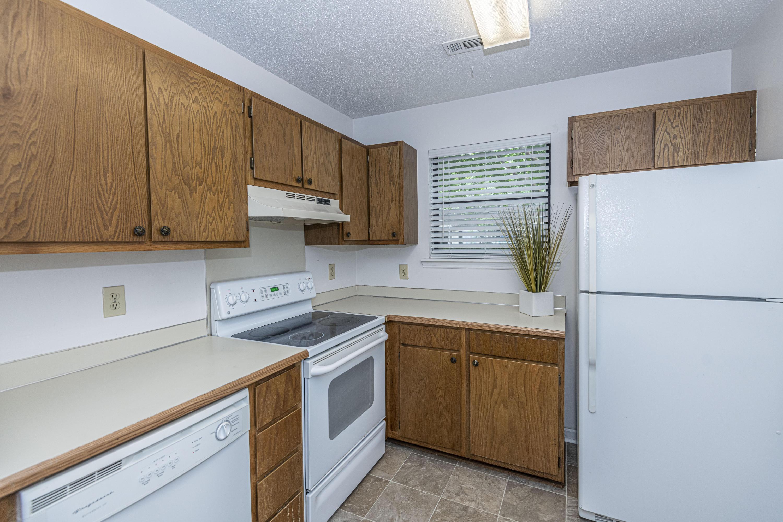Shaftesbury Woods Homes For Sale - 923 Estates, Charleston, SC - 4