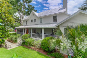 221 Queen Street, Mount Pleasant, SC 29464