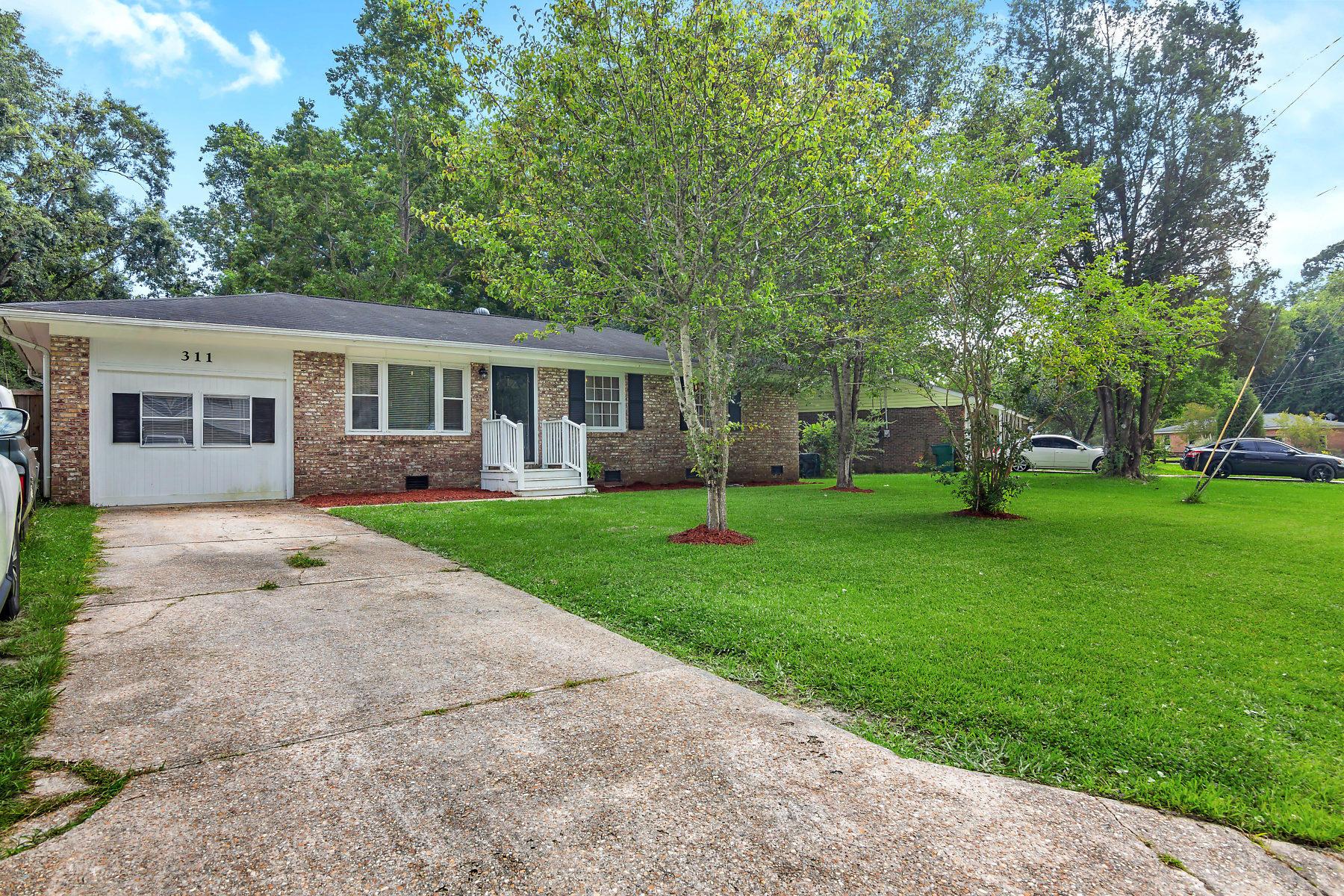 311 Laurel Avenue Goose Creek, SC 29445