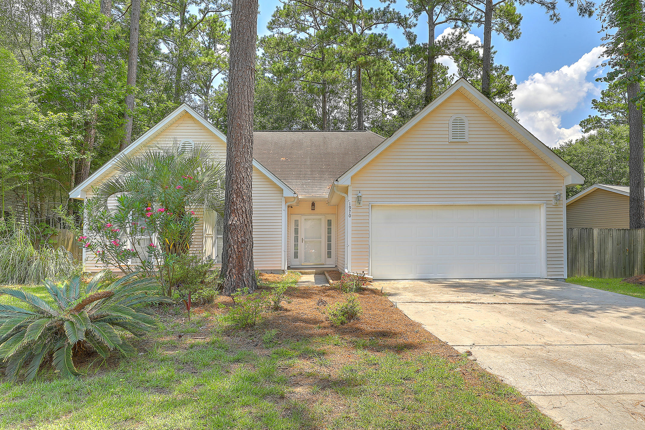 1970 High Meadow Street Johns Island, Sc 29455