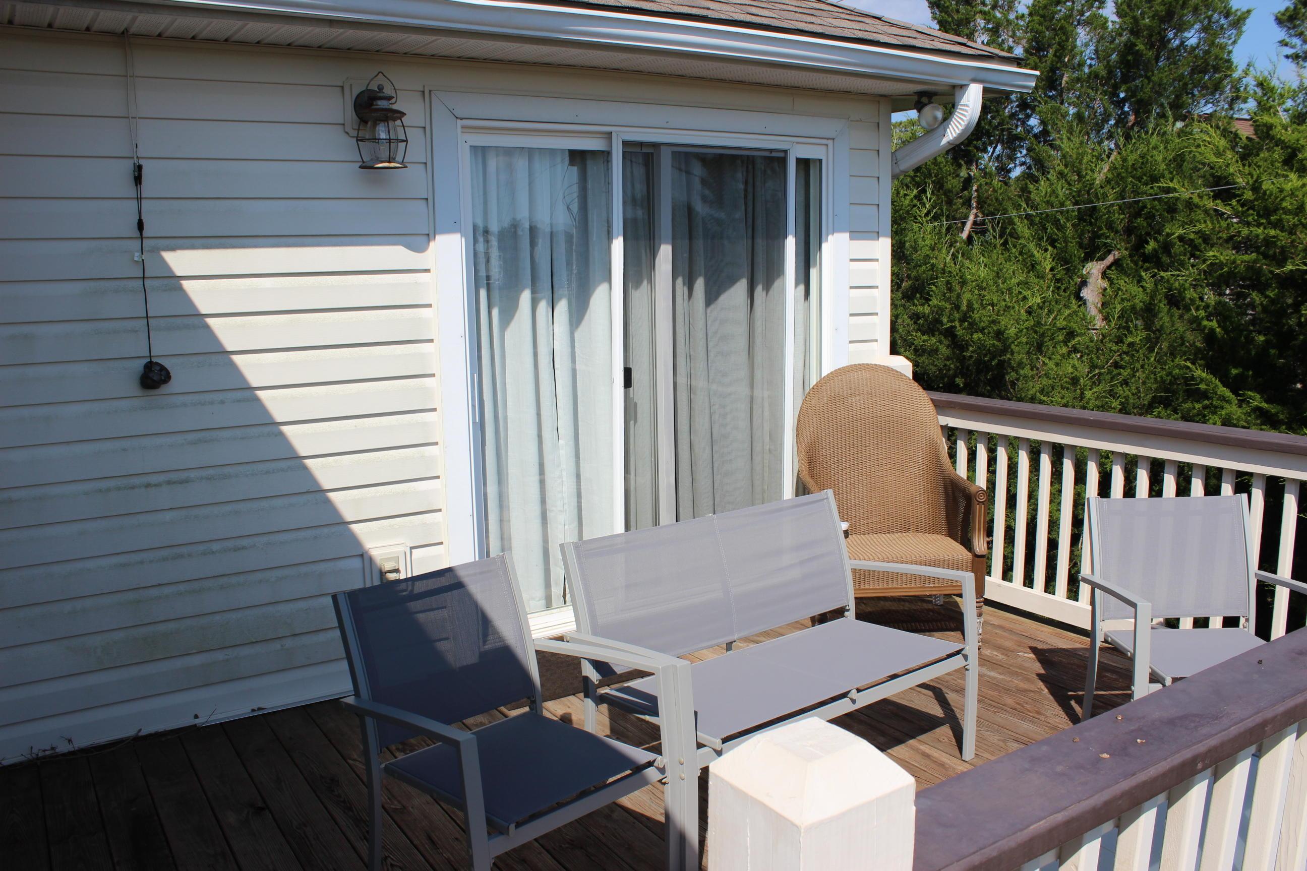 3911 Lybrand Street Edisto Beach, SC 29438