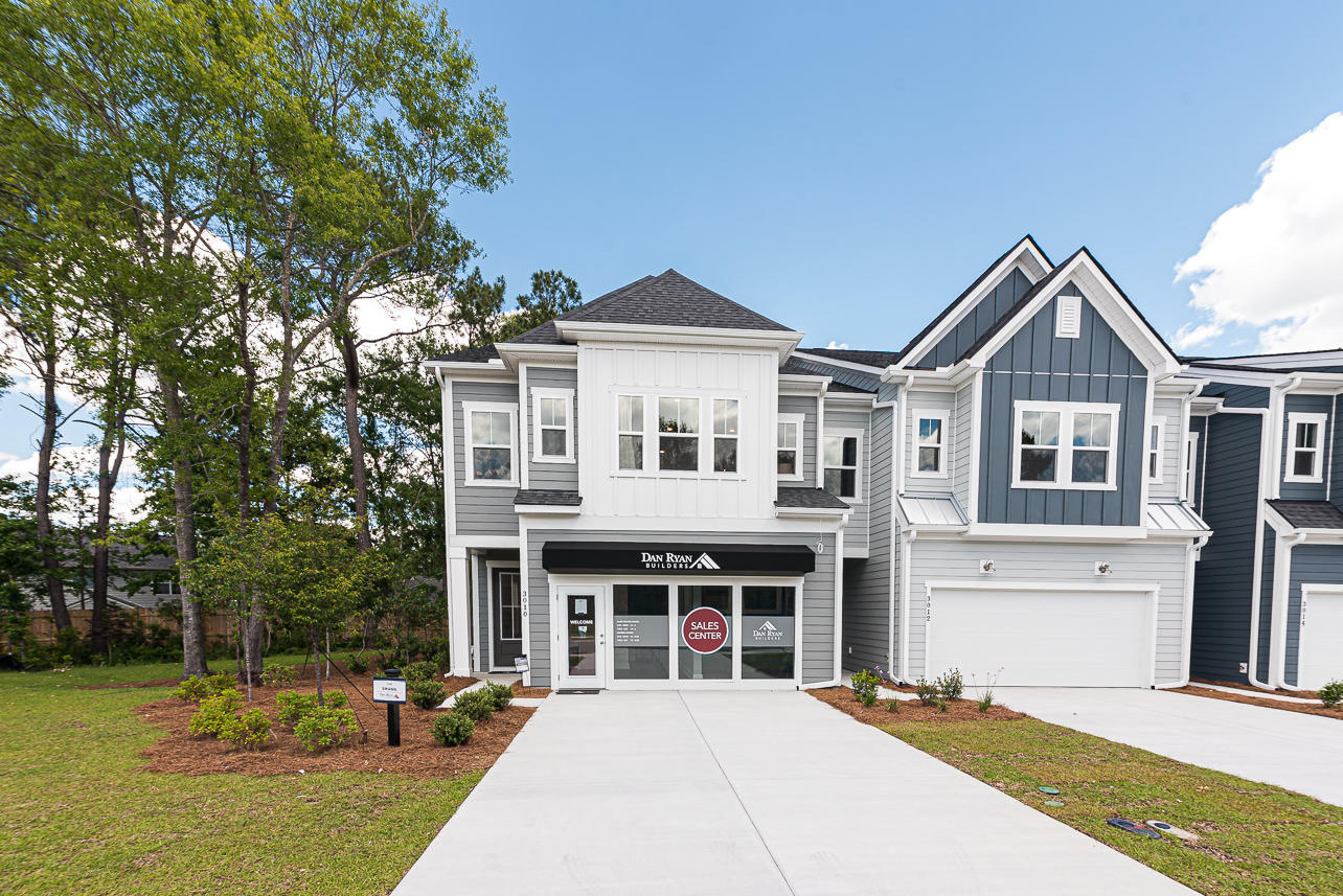 Emma Lane Townes Homes For Sale - 3010 Emma, Mount Pleasant, SC - 29