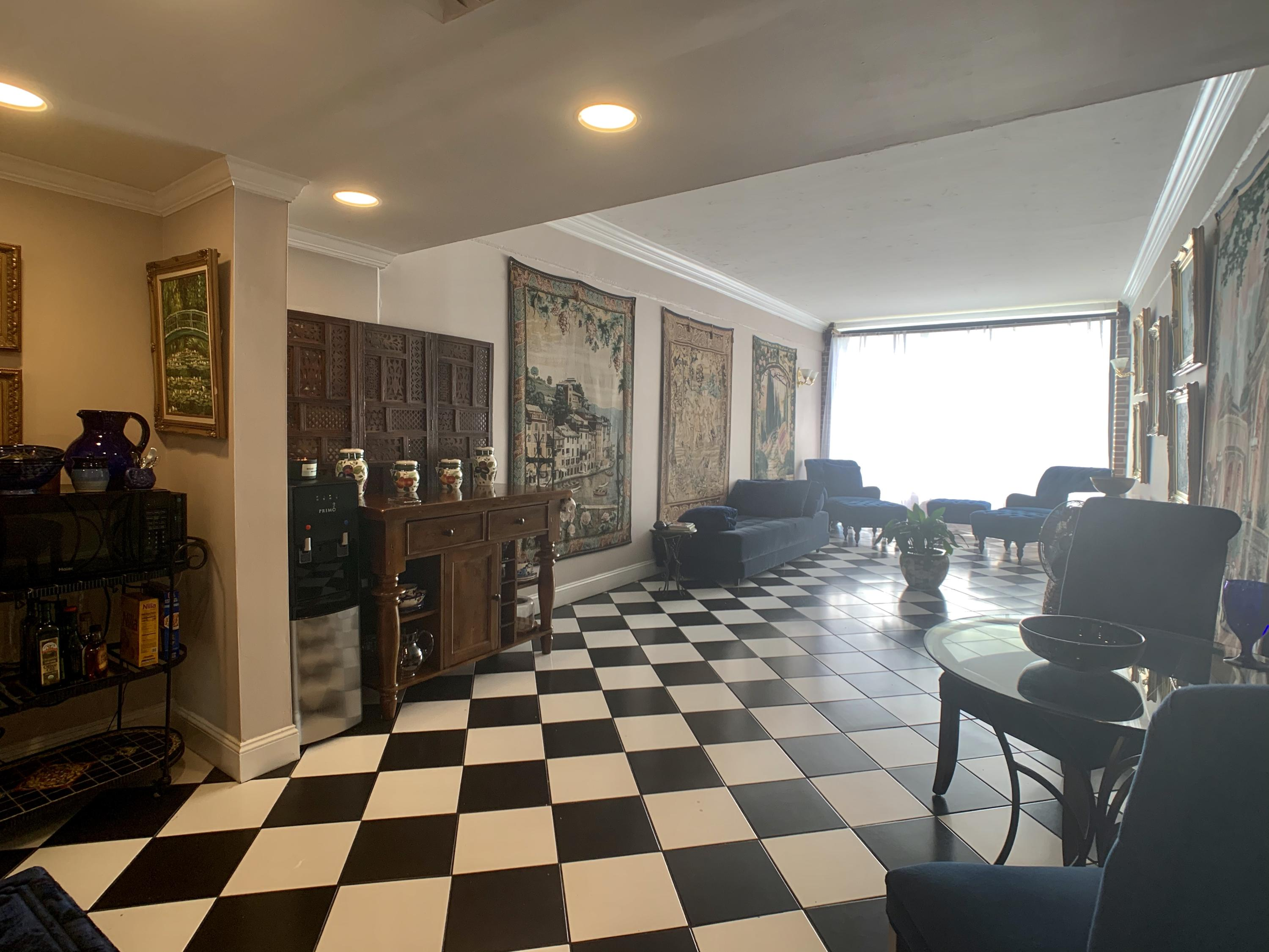 14 Lockwood Drive UNIT 10-L Charleston, SC 29401