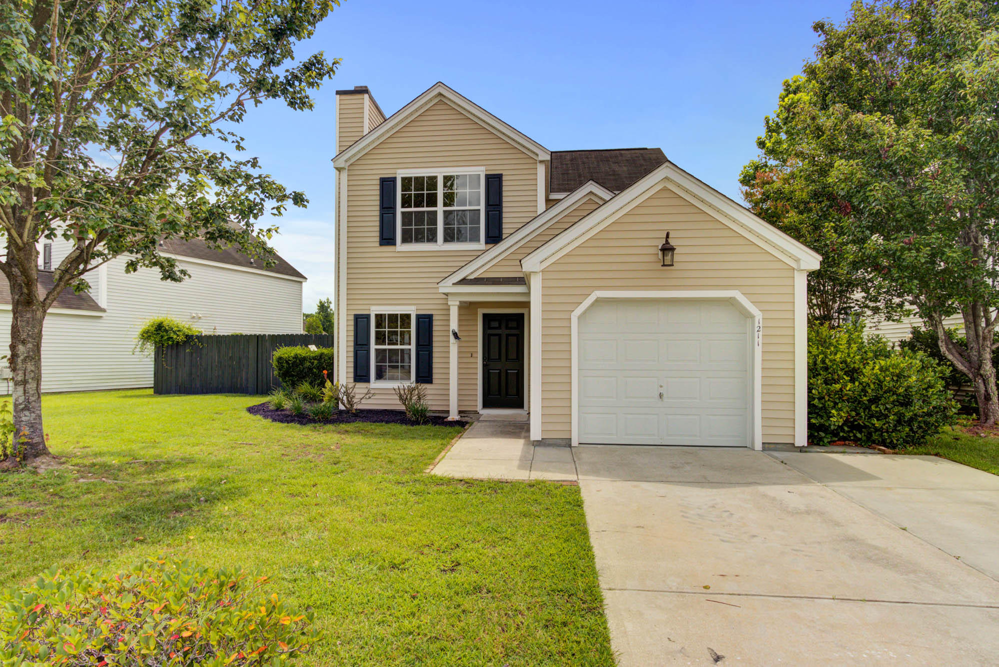 1211 Shadow Mist Lane Charleston, SC 29492