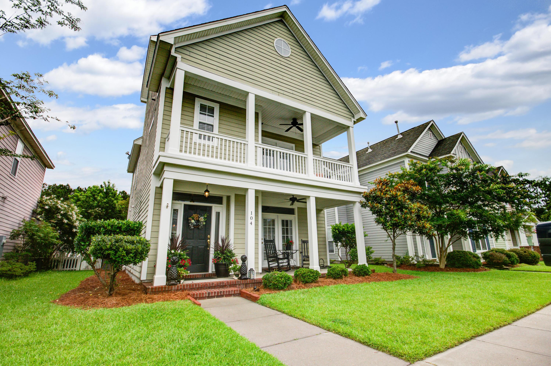 104 Foxglove Avenue Summerville, SC 29483