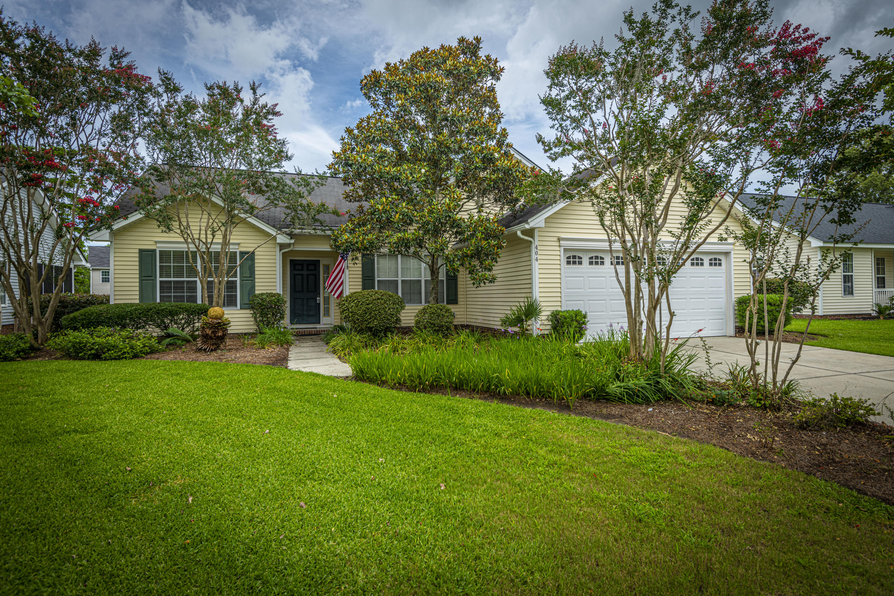 404 Hainsworth Drive Charleston, SC 29414
