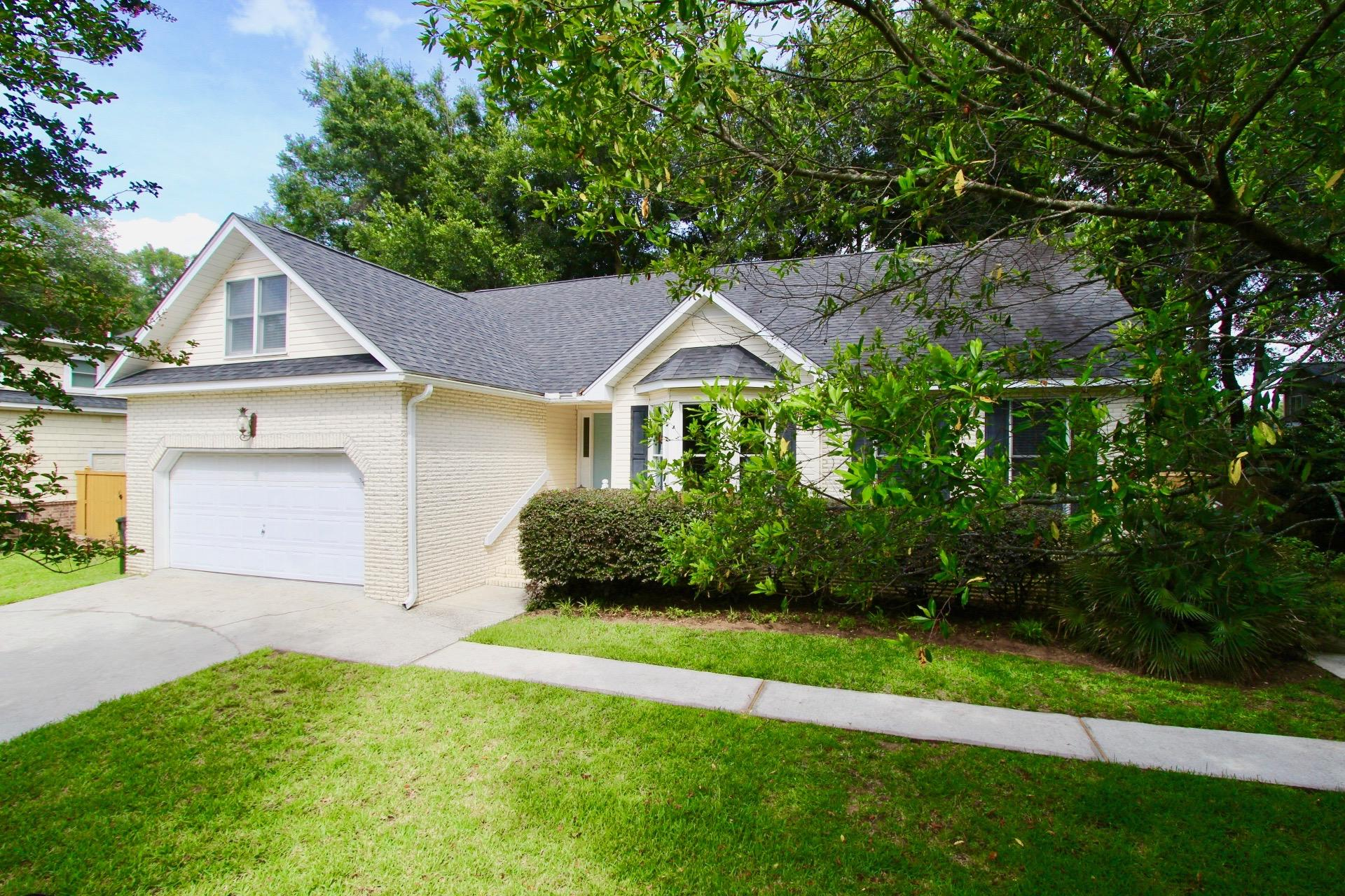 111 Oyster Point Row Charleston, SC 29412